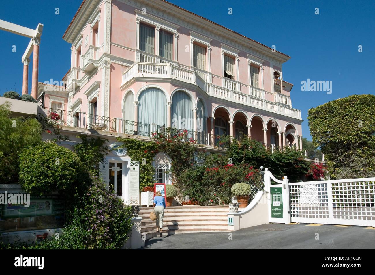 Die Villa Ephrussi de Rothschild in St Jean Cap Ferrat, in ...