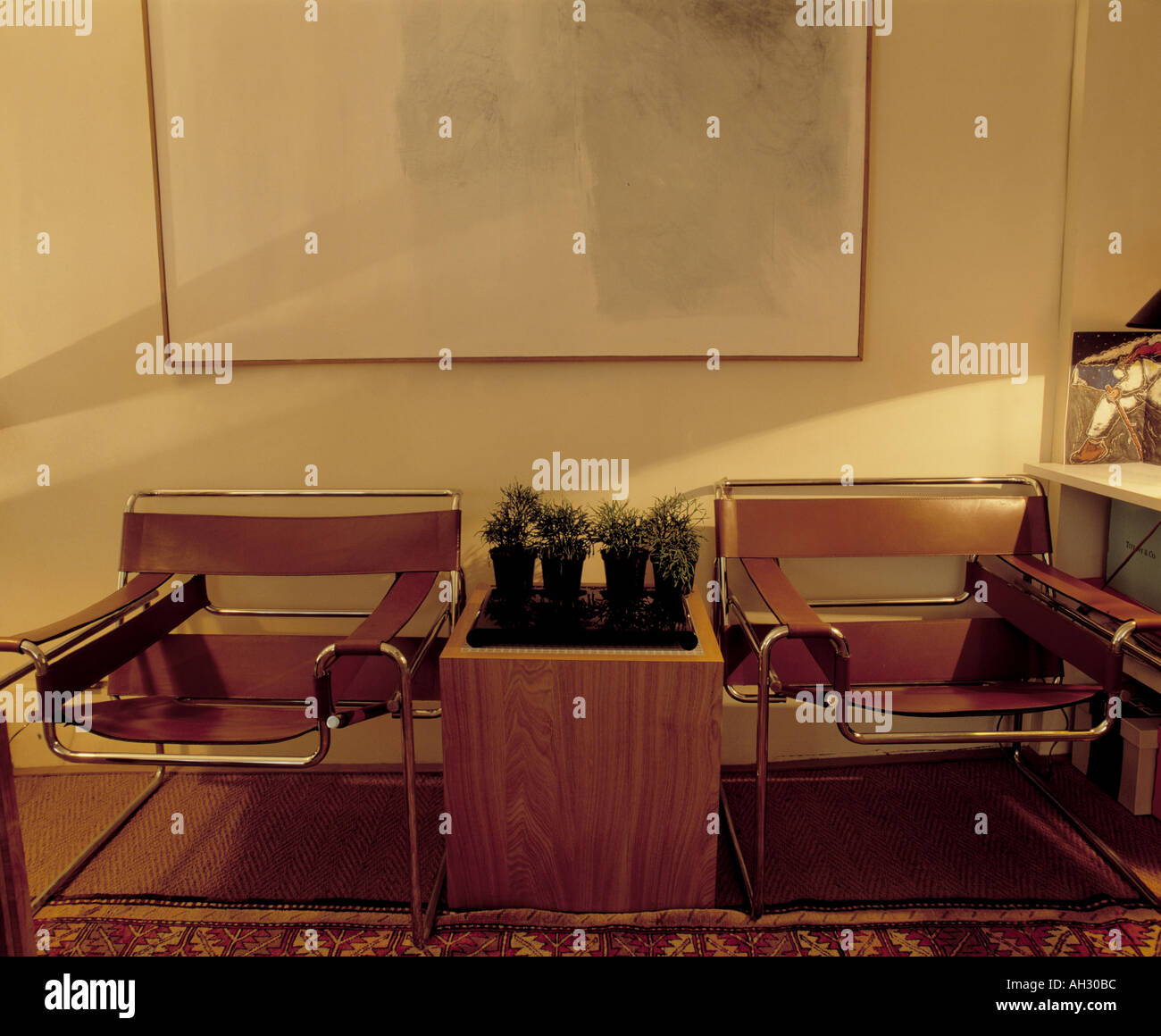 Wassily Chair Stockfotos & Wassily Chair Bilder - Alamy