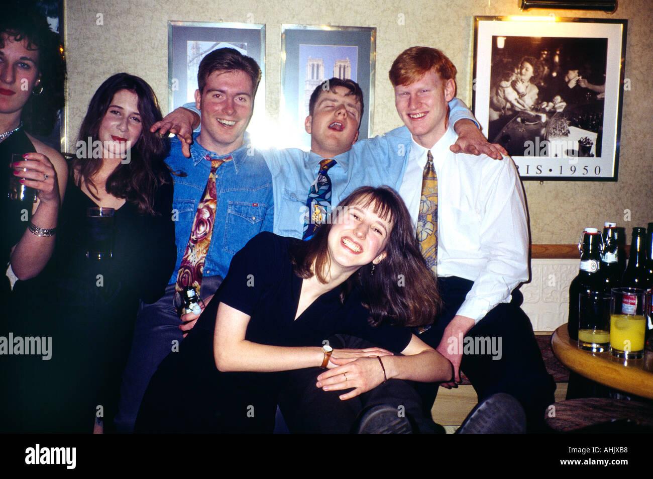 18 Geburtstag Party People Feiern Stockfoto Bild 4731575 Alamy