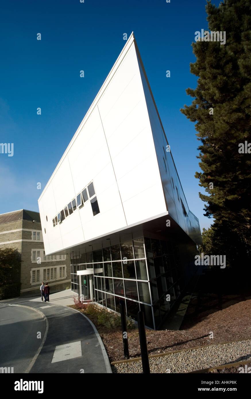 Das Zentrum für Visualisierung, Mathematik und Physik Department ...