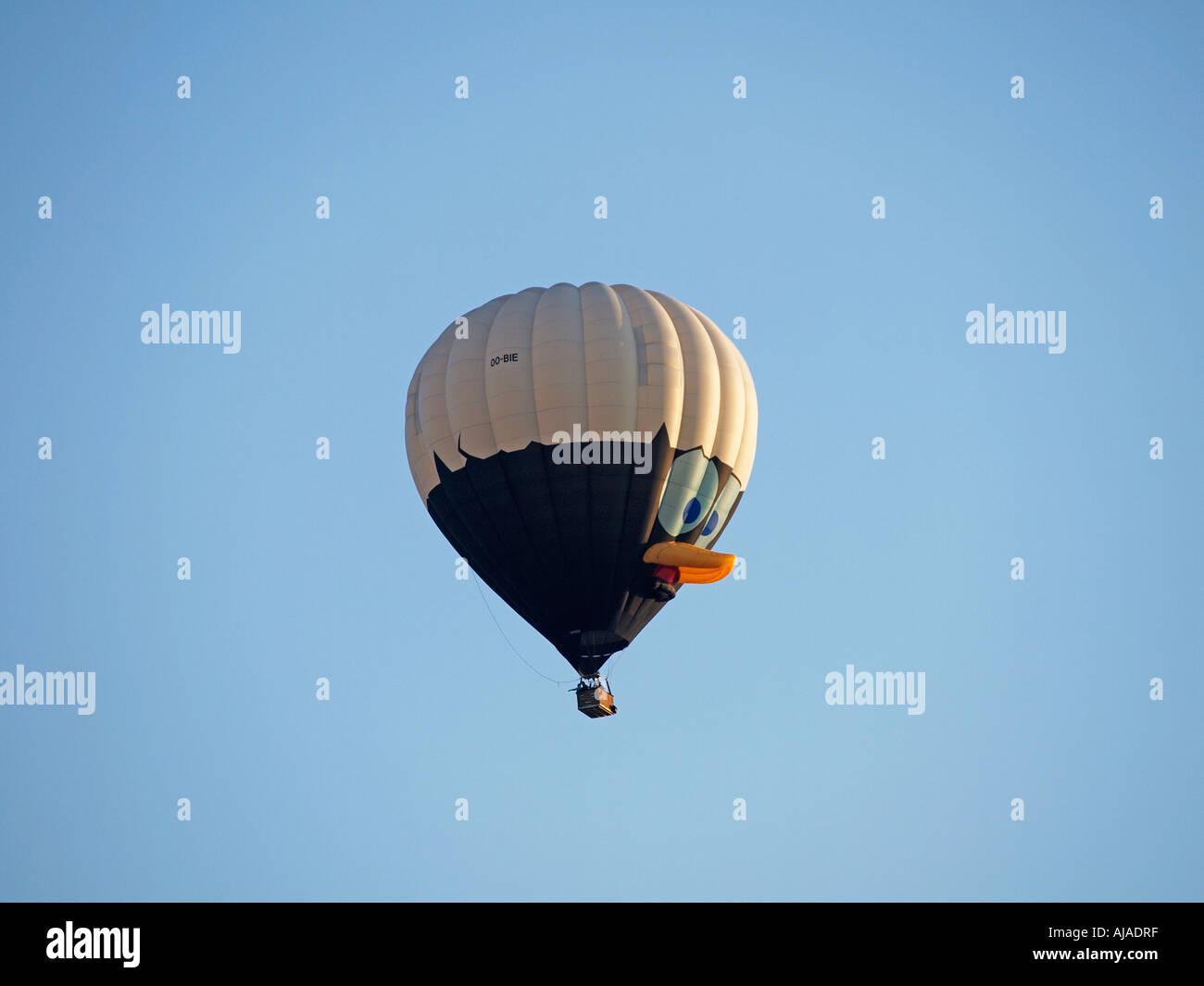Calimero cartoon Charakter spezielle Form Heißluftballon Breda Ballonfahren Festival 2006 Niederlande Stockbild