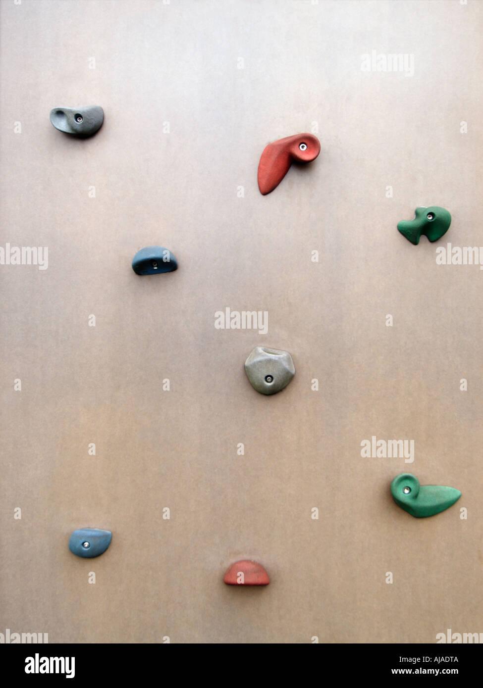 griffe-muster auf kletterwand bouldern lievelde niederlande