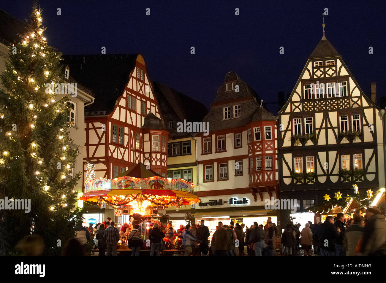 weihnachtsmarkt im historischen zentrum der stadt limburg. Black Bedroom Furniture Sets. Home Design Ideas
