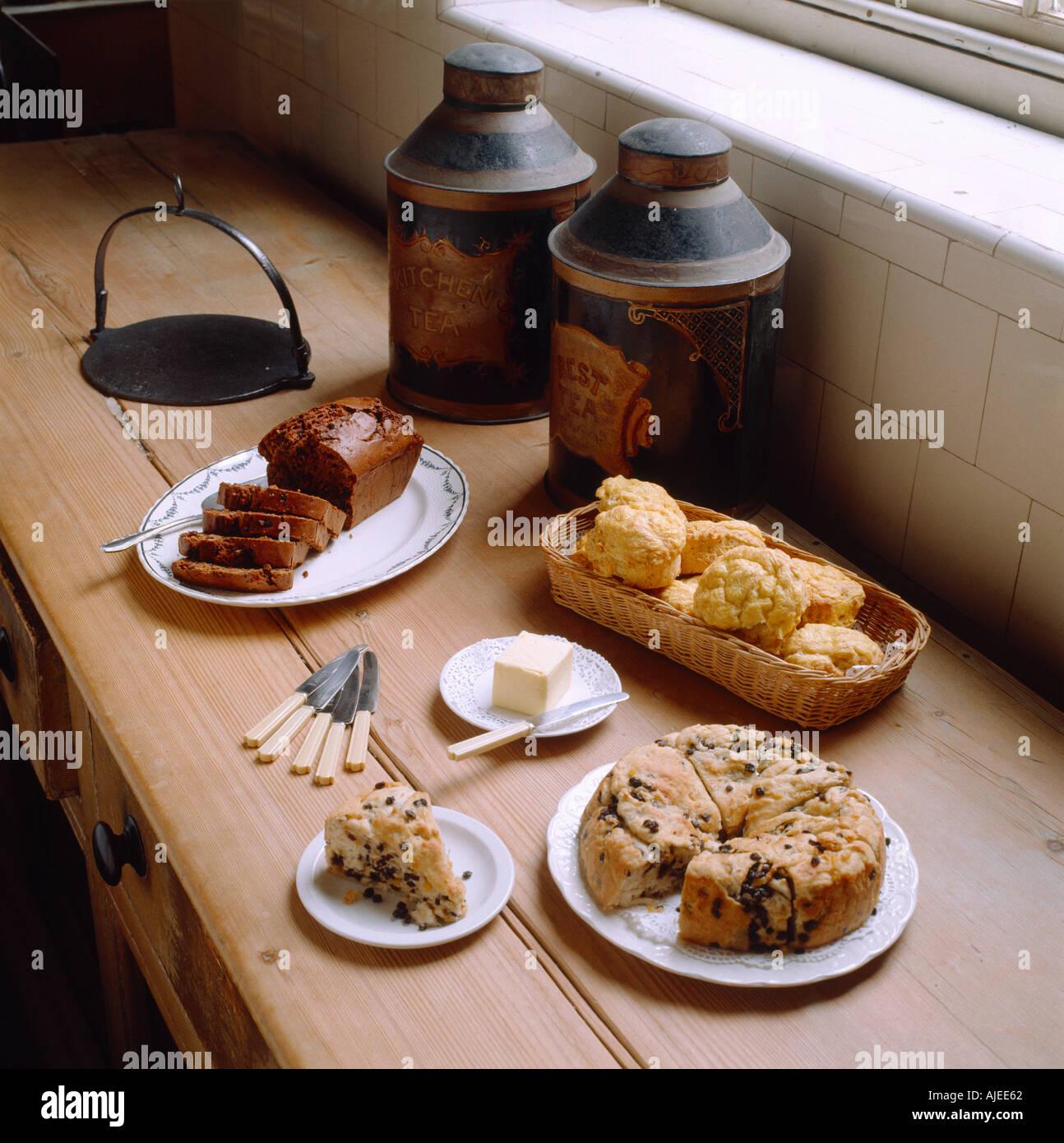 ein welsh tee mit bara brith walisischen k se kraut scones und walisischen lardy kuchen. Black Bedroom Furniture Sets. Home Design Ideas