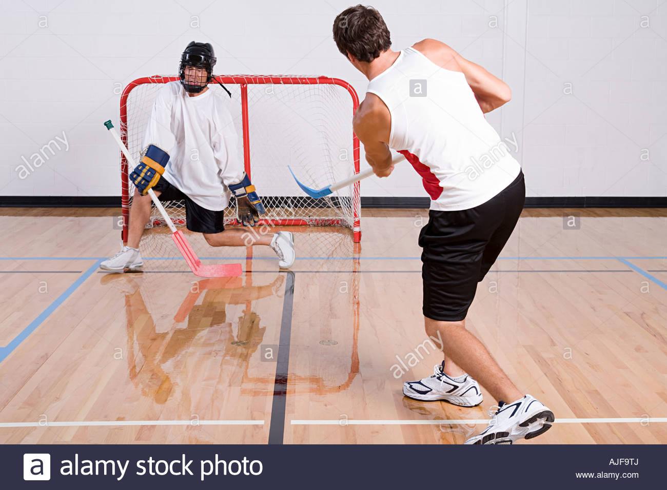 Eishockey-Torwart macht eine sichere Stockfoto
