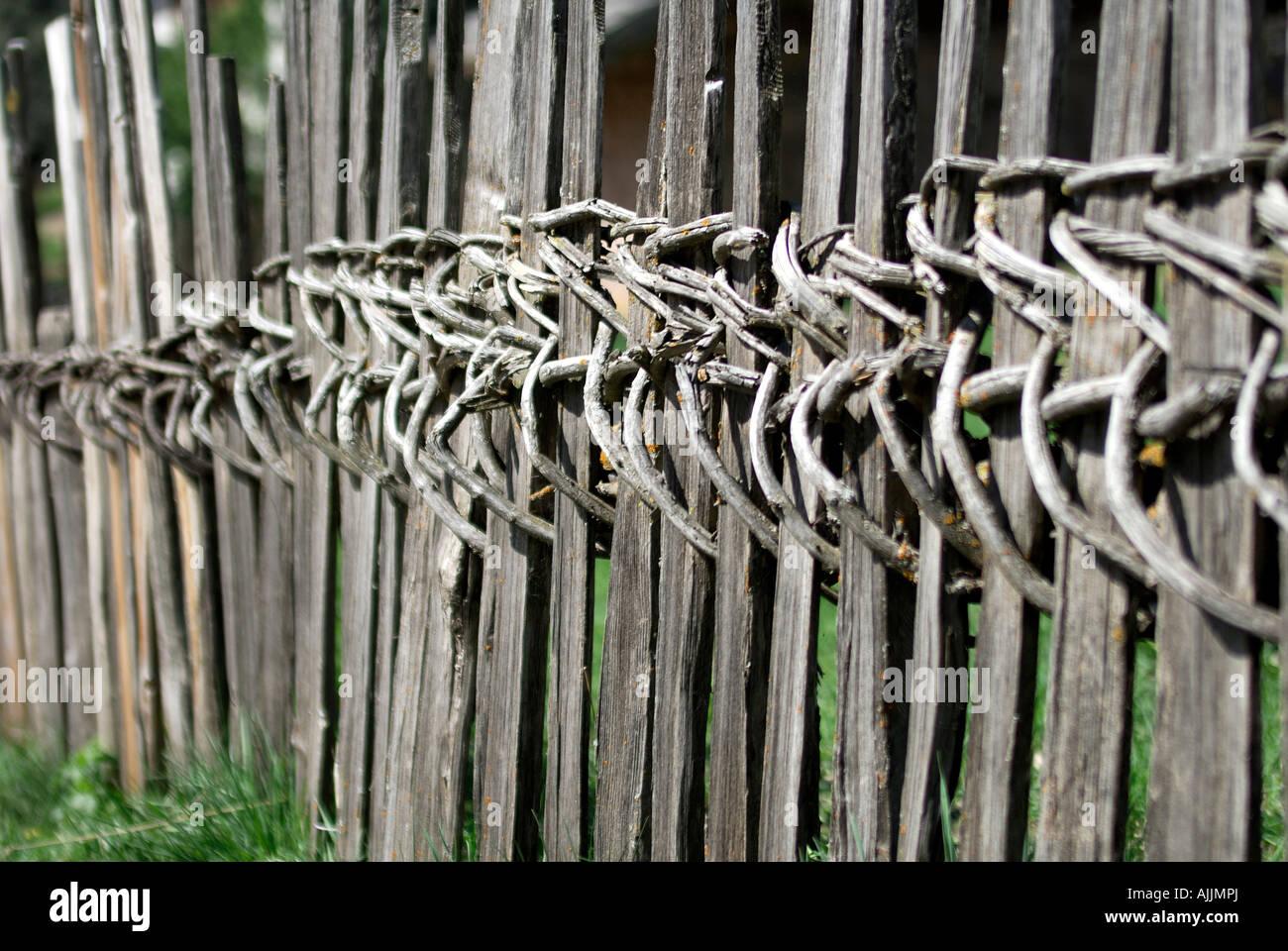 Holzzaun Stockfotos & Holzzaun Bilder Alamy
