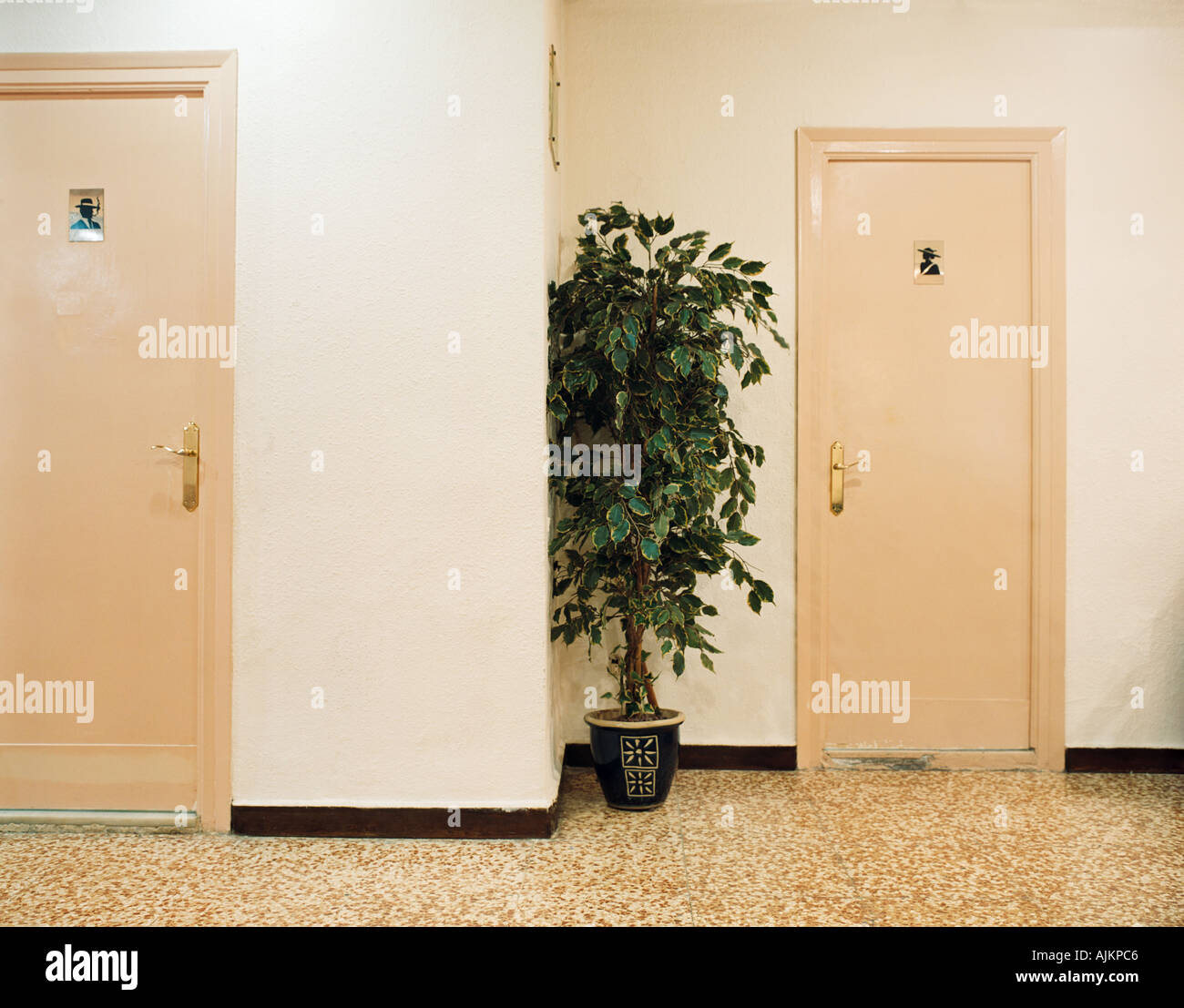 Sehr geehrte Damen und Herren Toiletten Stockbild