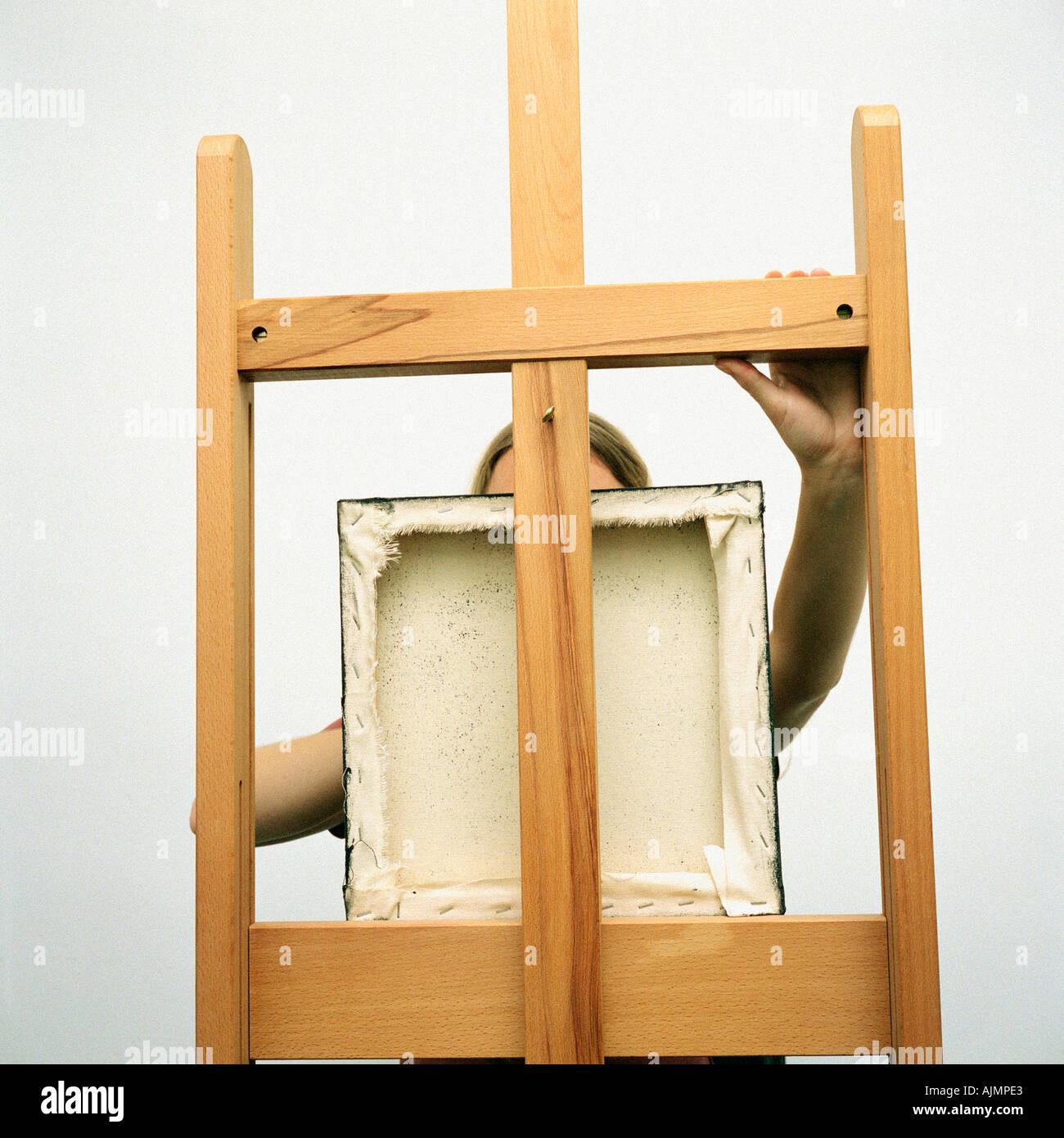 Künstler mit quadratischen Bilderrahmen Stockbild
