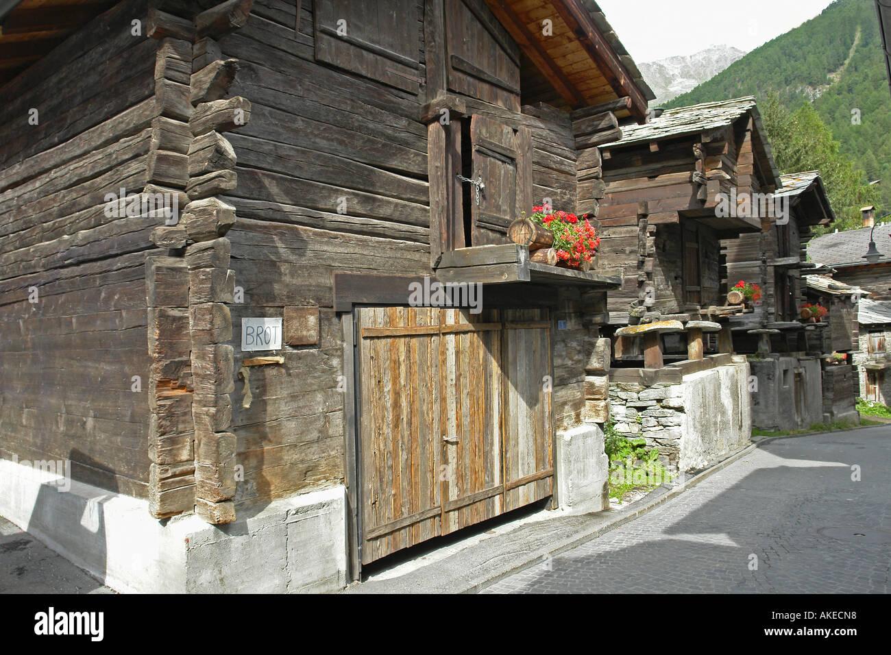 switzerland zermatt old town hinterdorf stockfotos switzerland zermatt old town hinterdorf. Black Bedroom Furniture Sets. Home Design Ideas