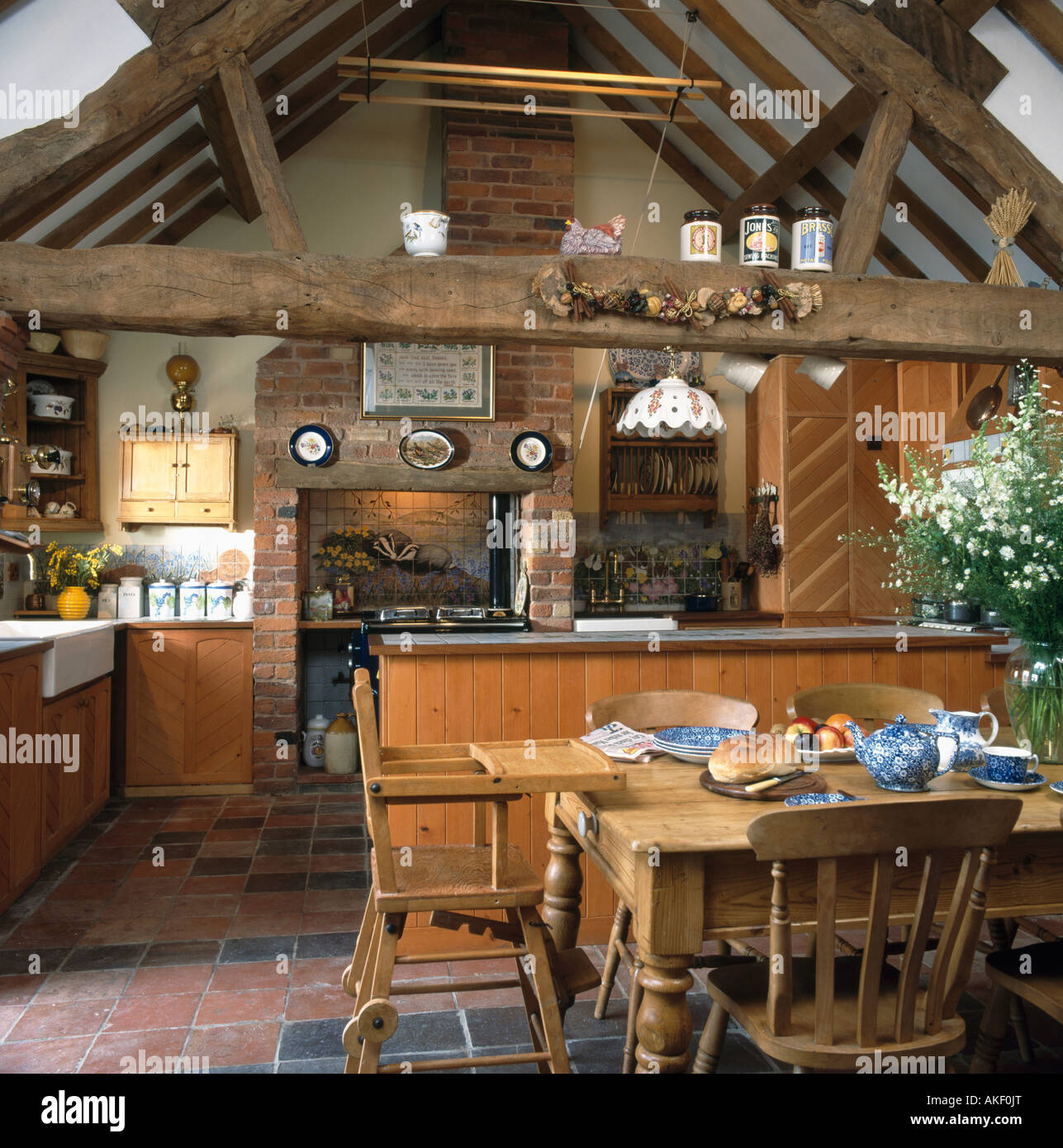 Diningrooms Interiors Kitchens Traditional Stockfotos & Diningrooms ...
