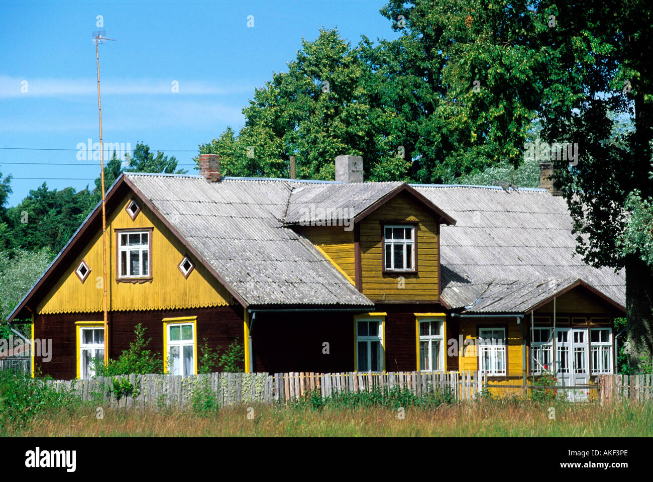lettland haus bei valdemarpils stockfoto bild 8561069 alamy