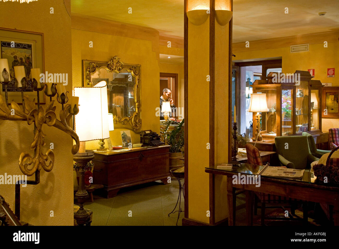 Rezeption, Romantik Hotel Villa Novecento, Courmayeur, Valle d ' Aosta, Italien Stockbild