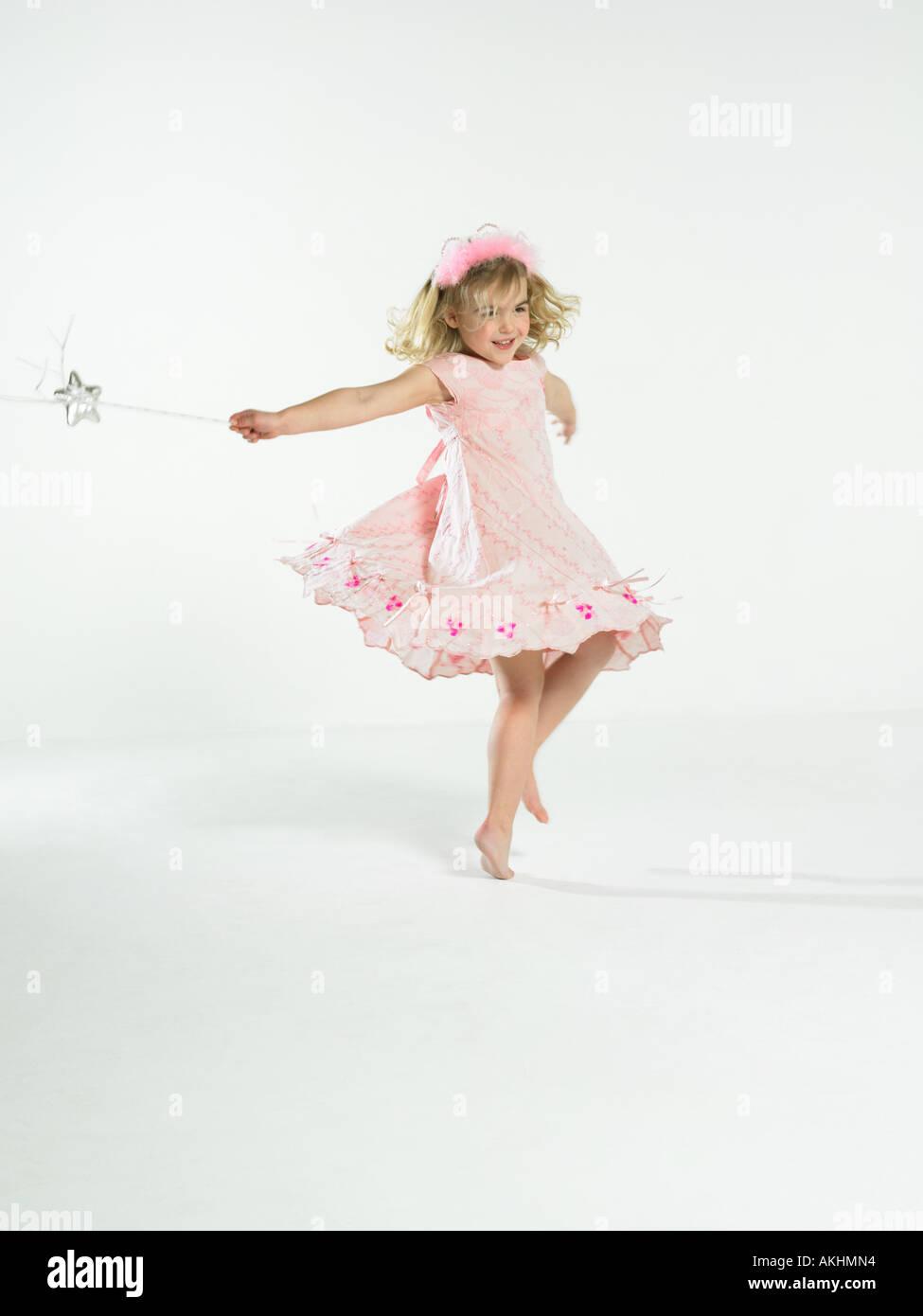 Mädchen mit Fee Zauberstab Stockbild
