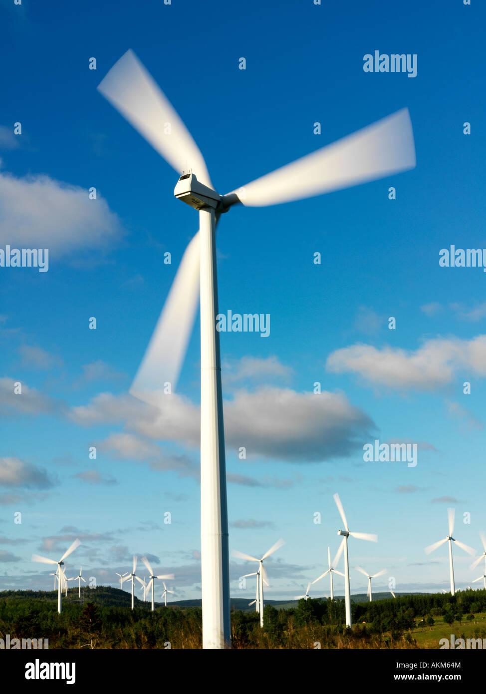 Kanada-Quebec Gaspesie Cap Chat Windkraftanlagen zur Erzeugung von Strom Stockbild
