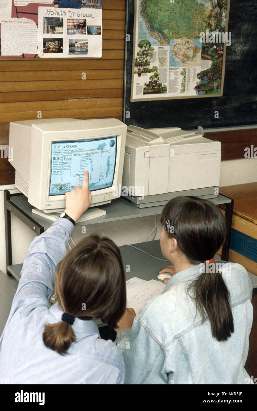 Erdkundeunterricht in der Schule Stockbild