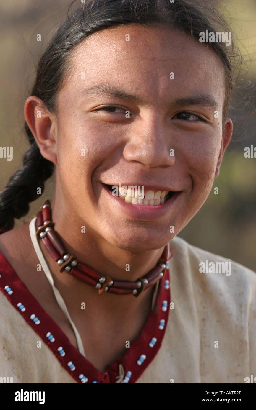 Male Native American Indian TeenageStockfotos & Bilder
