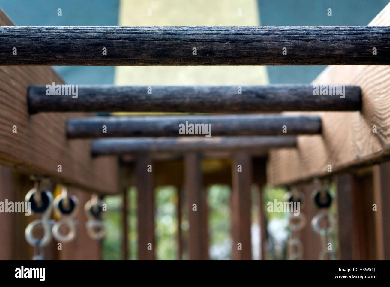 Klettergerüst Outdoor Holz : Verwitterte holz klettergerüst des outdoor spielset stockfoto