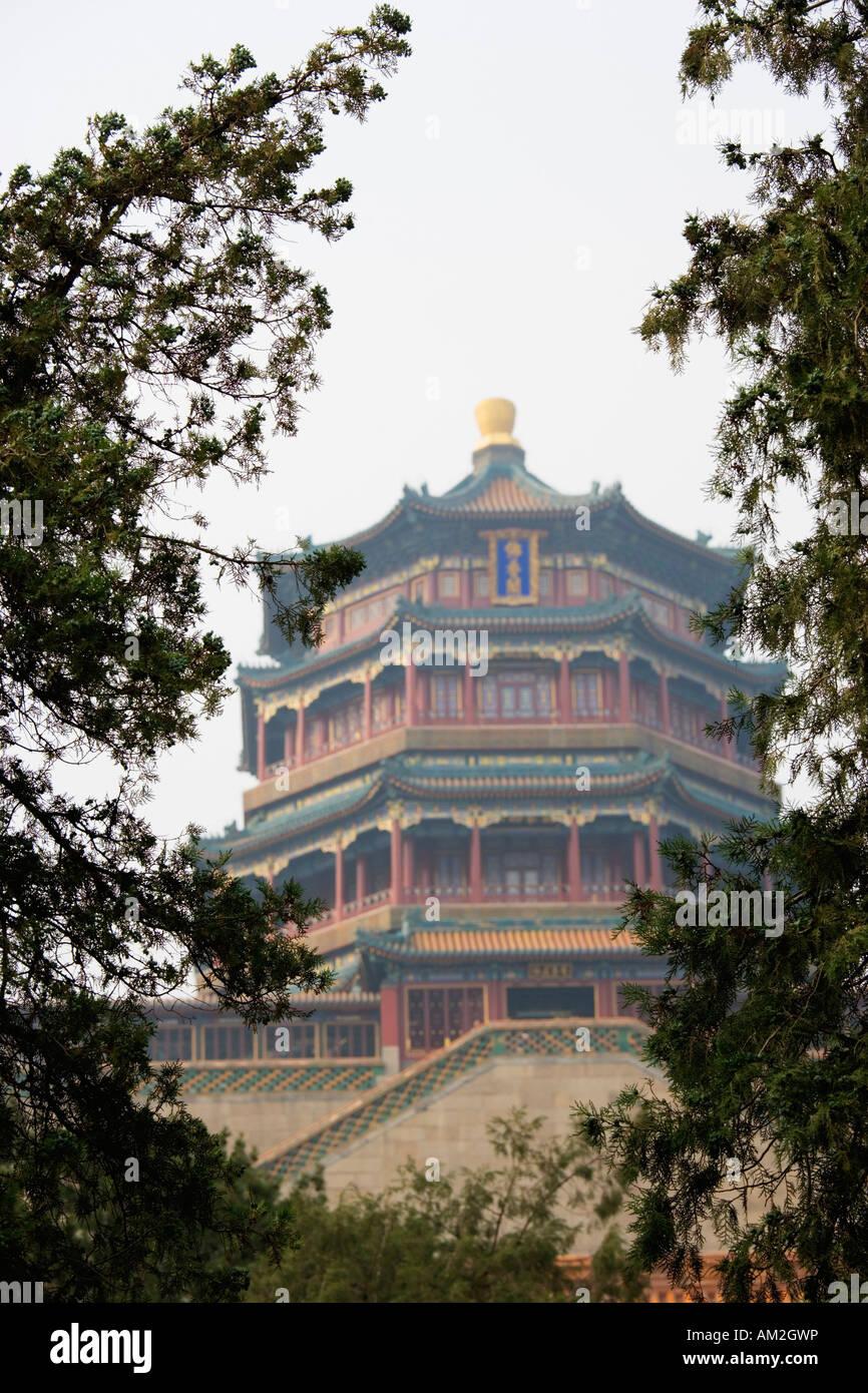 Turm des Duftes der Buddha Sommerpalast Yihe Yuan Beijing China Stockbild
