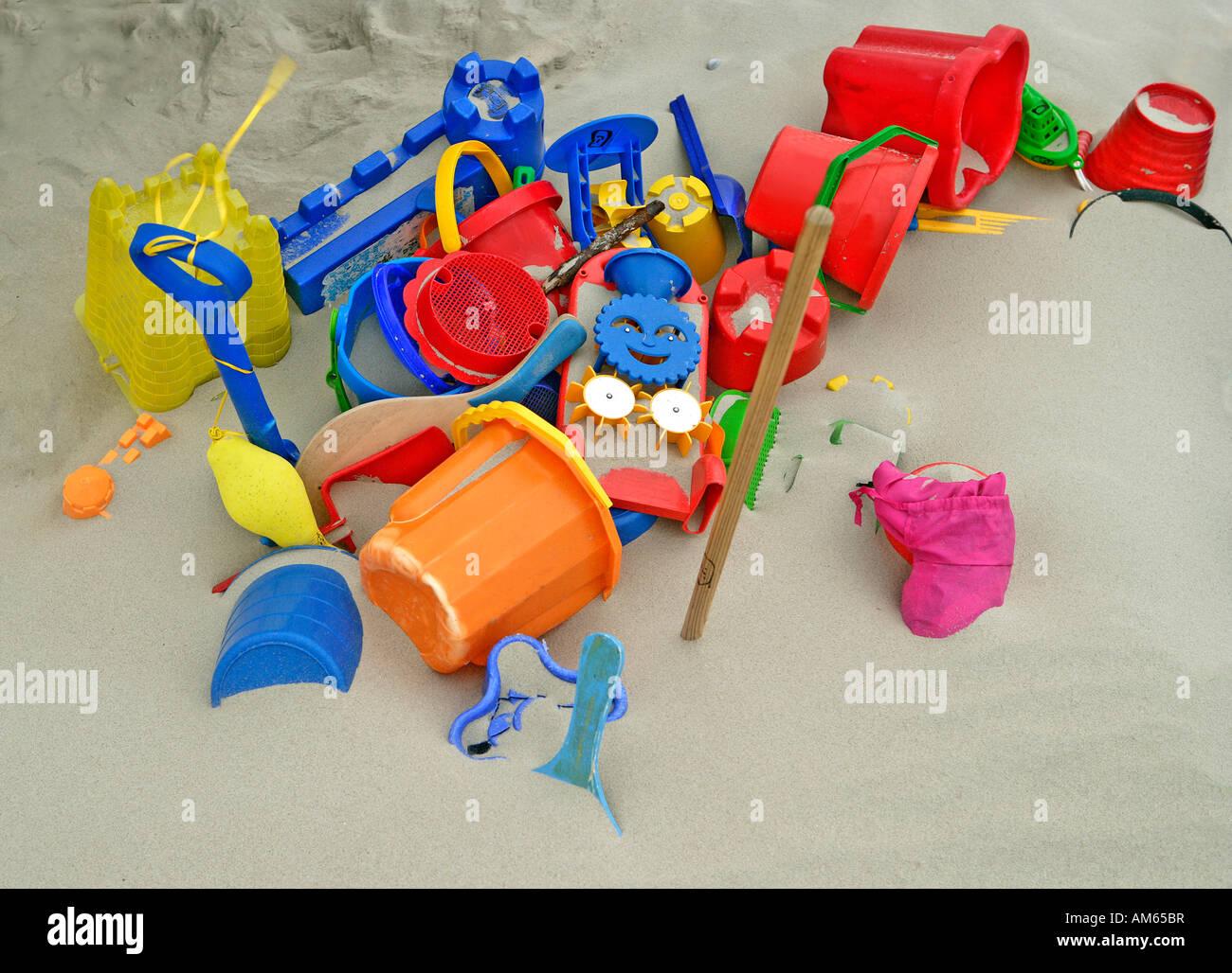Strandspielzeug stockfotos bilder alamy