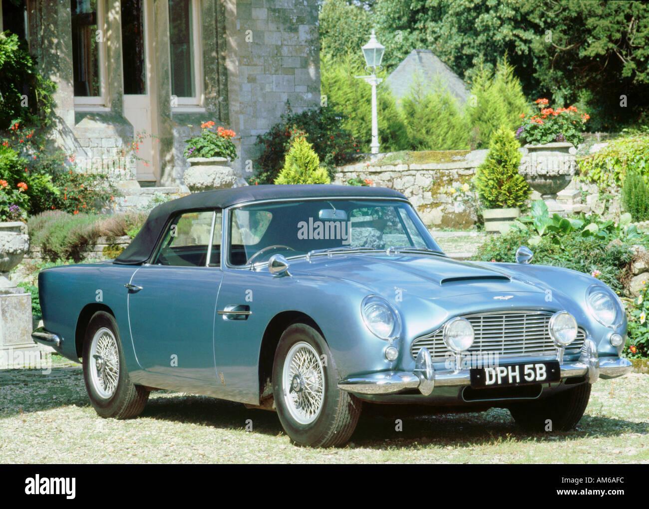 1965 Aston Martin Db5 Stockfotos Und Bilder Kaufen Alamy