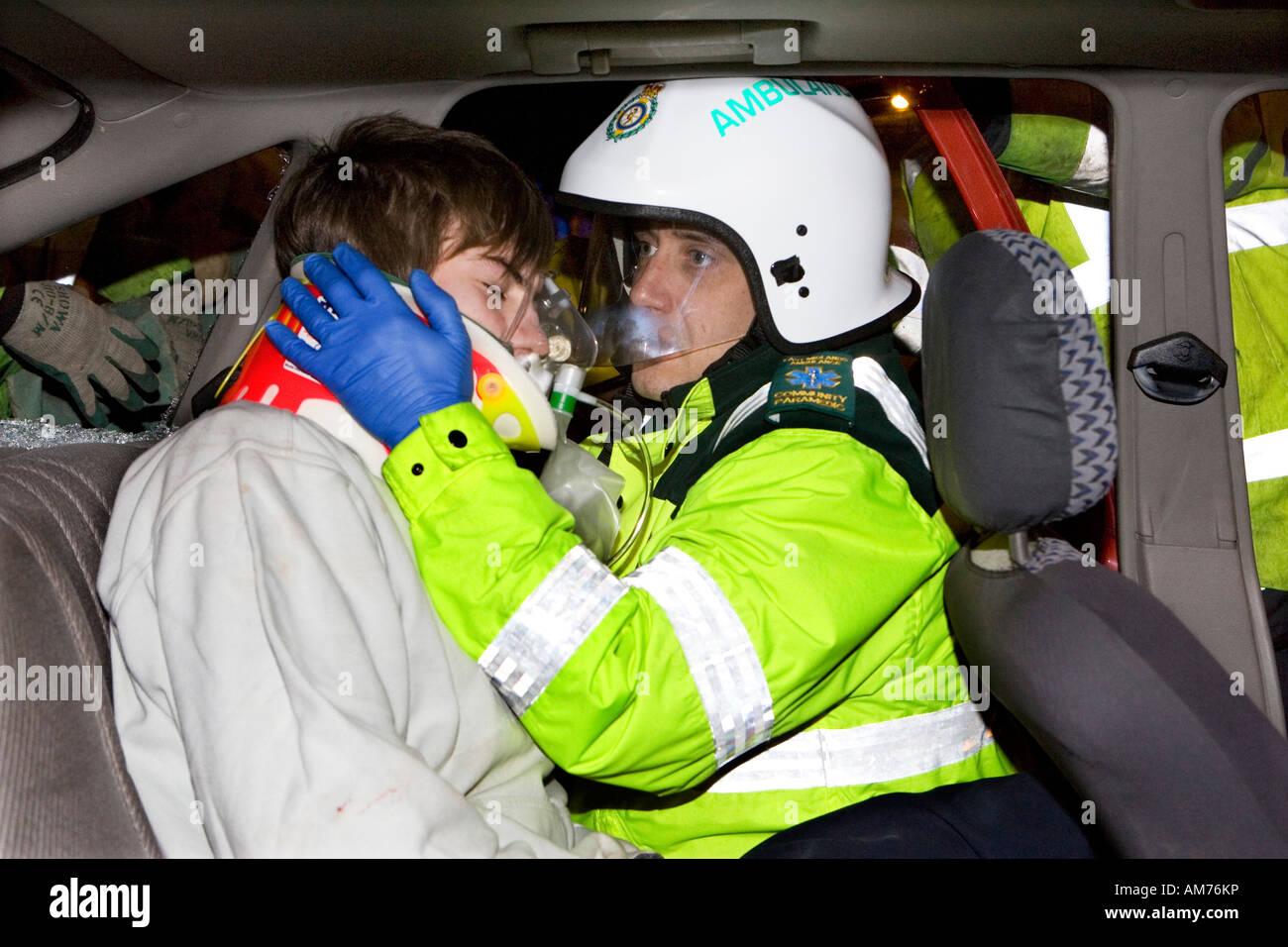 Straße Verkehr Unfall Simulation in Chesterfield Derbyshire mit ...