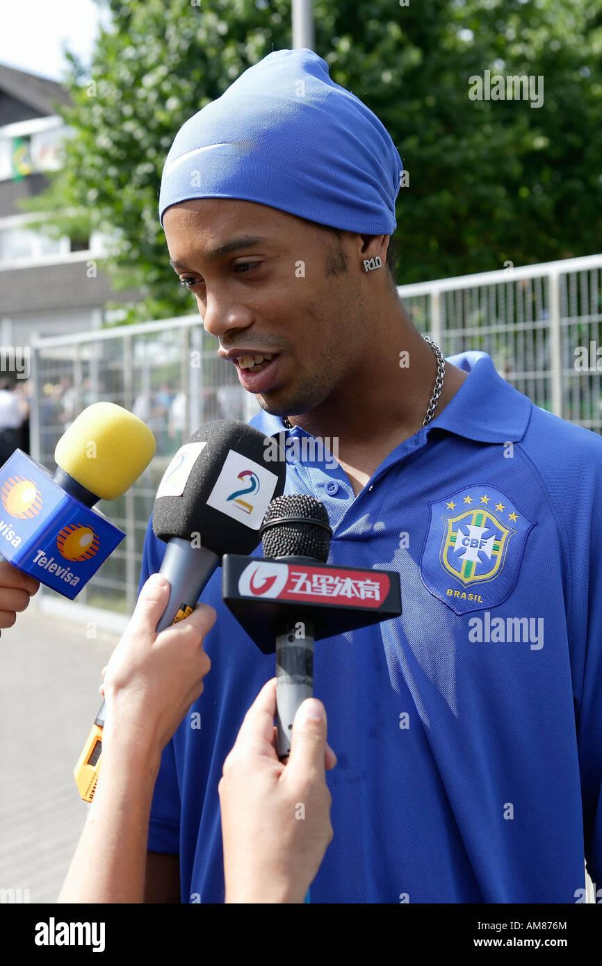 Ronaldinho stockfotos ronaldinho bilder alamy for Depot bergisch gladbach