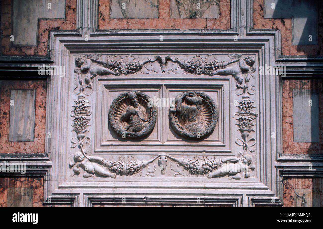 Venedig, Stadtteil San Marco, Chiesa San Zaccaria, 15. Halbmonatsschrift, Architekten Antonio Gambello, Mauro Codussi, Fassadendetail Stockbild