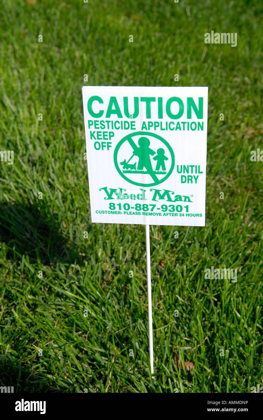 warning sign pesticide stockfotos warning sign pesticide. Black Bedroom Furniture Sets. Home Design Ideas