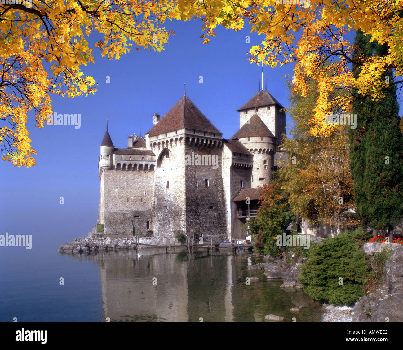 CH - Waadt: Chateau de Chillon am Genfer See Stockbild