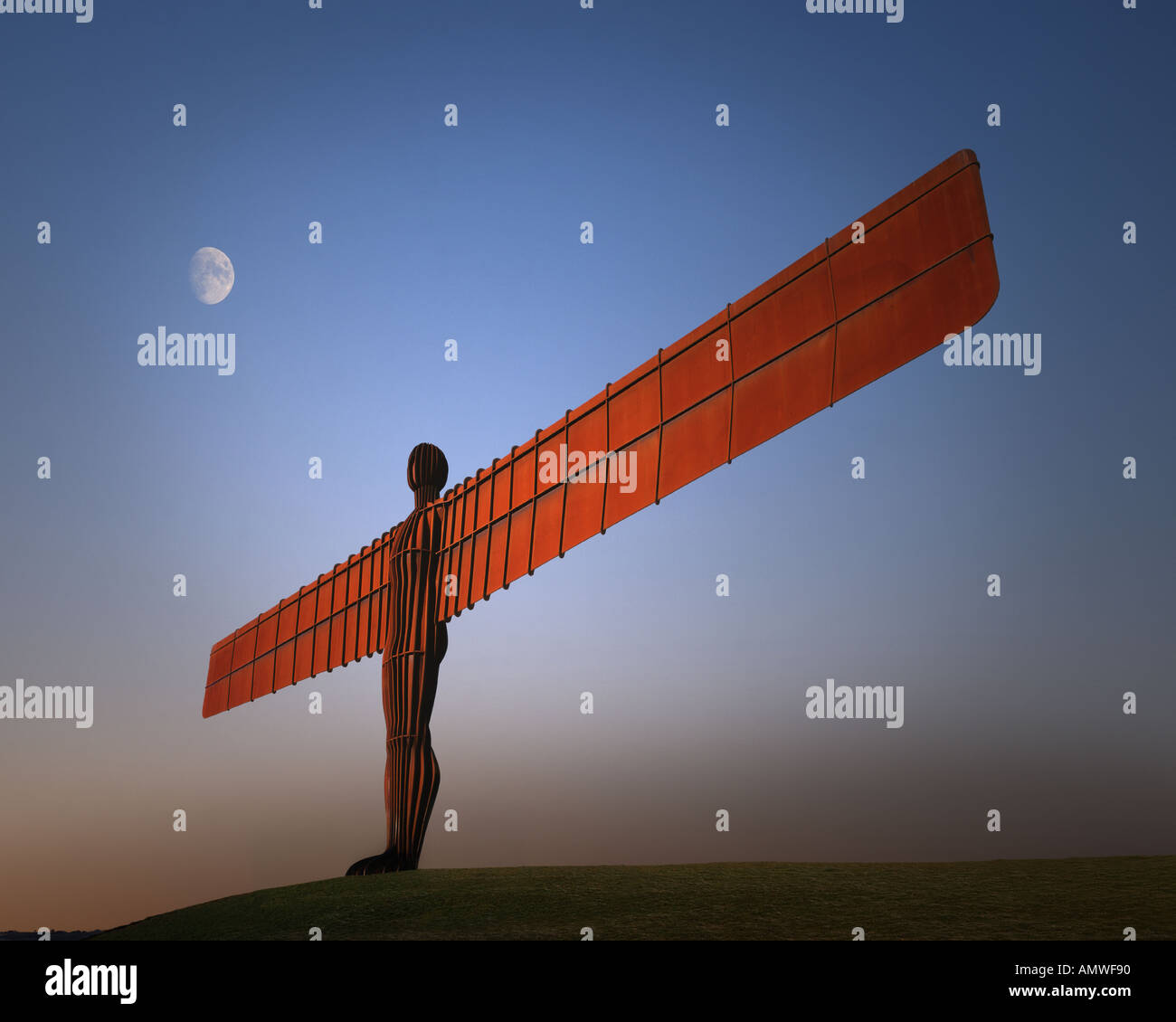 GB - TYNE und tragen: Engel des Nordens in der Nähe von Gateshead Stockbild