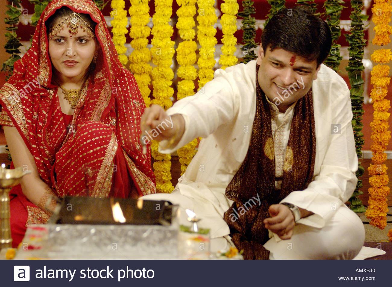 Mak100023 Braut Und Brautigam In Der Sudasiatischen Hinduistischen