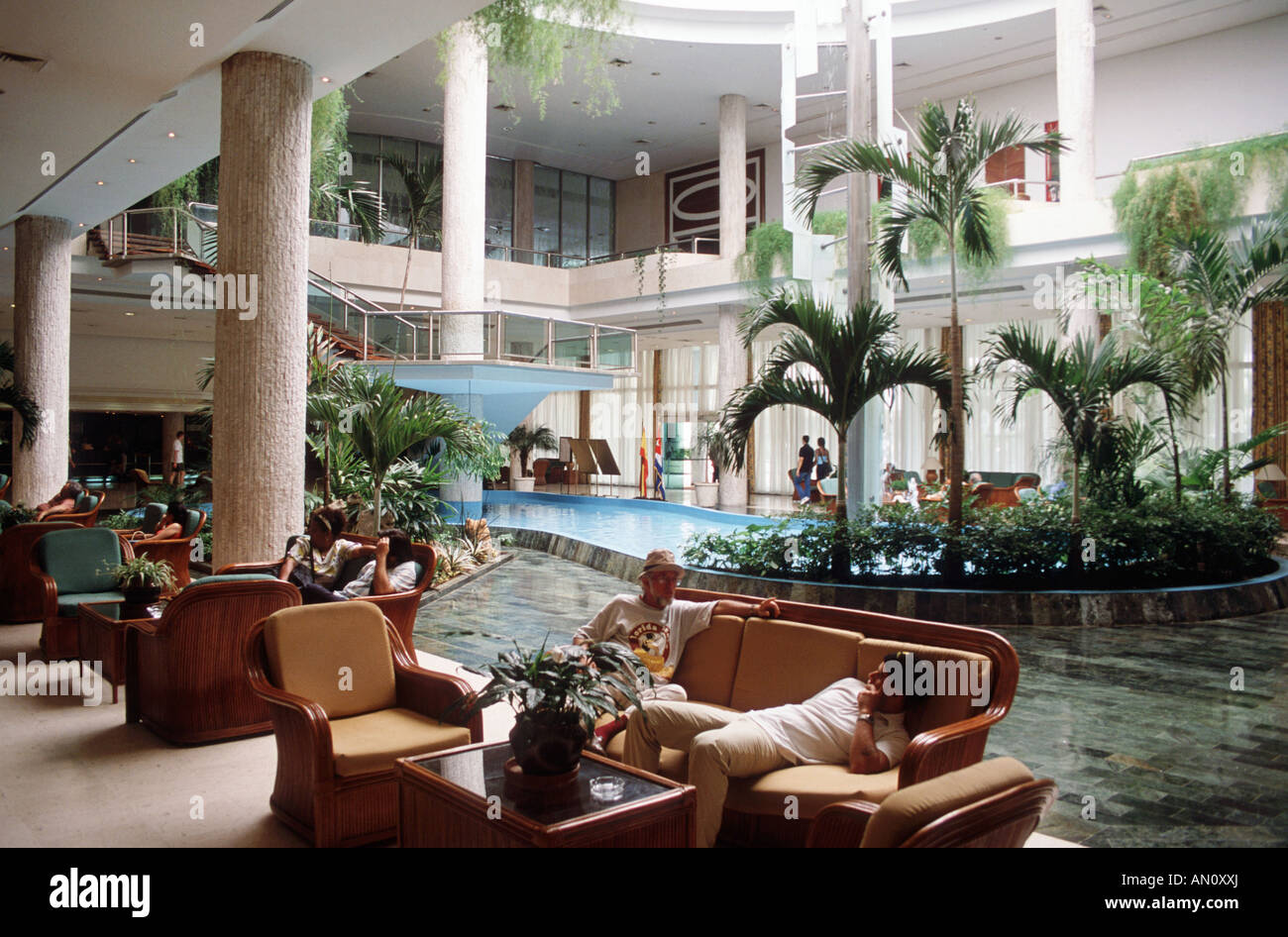 Interieur des Hotels Havanna Libre Tryp, Kuba Stockfoto, Bild ...