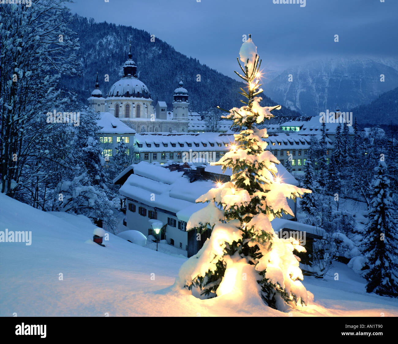 germany alps christmas stockfotos germany alps christmas. Black Bedroom Furniture Sets. Home Design Ideas