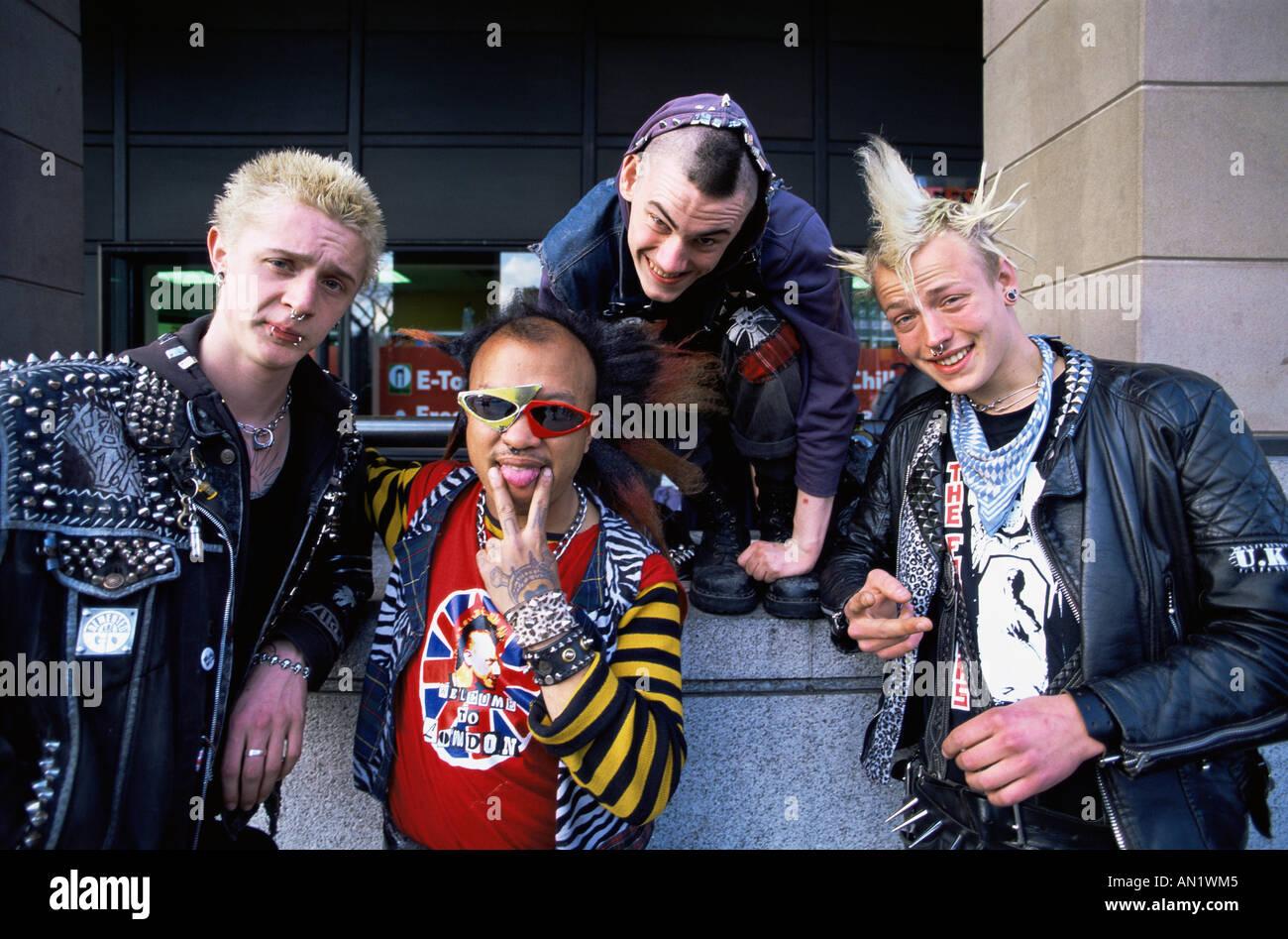 Kühlschrank Punk : Lebensziel punk munchies