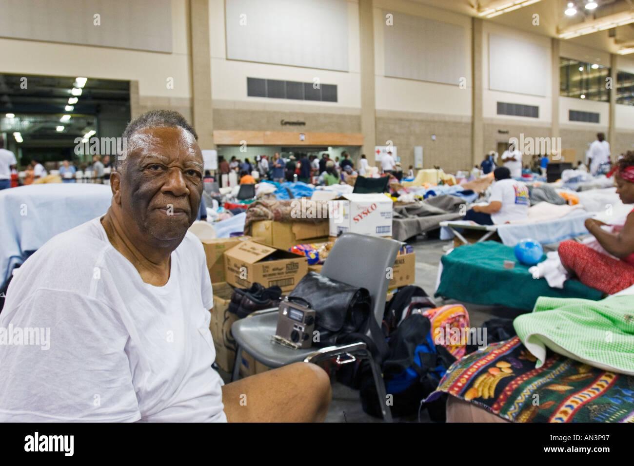 Hurrikan Katrina Überlebende in Baton Rouge Shelter Stockbild