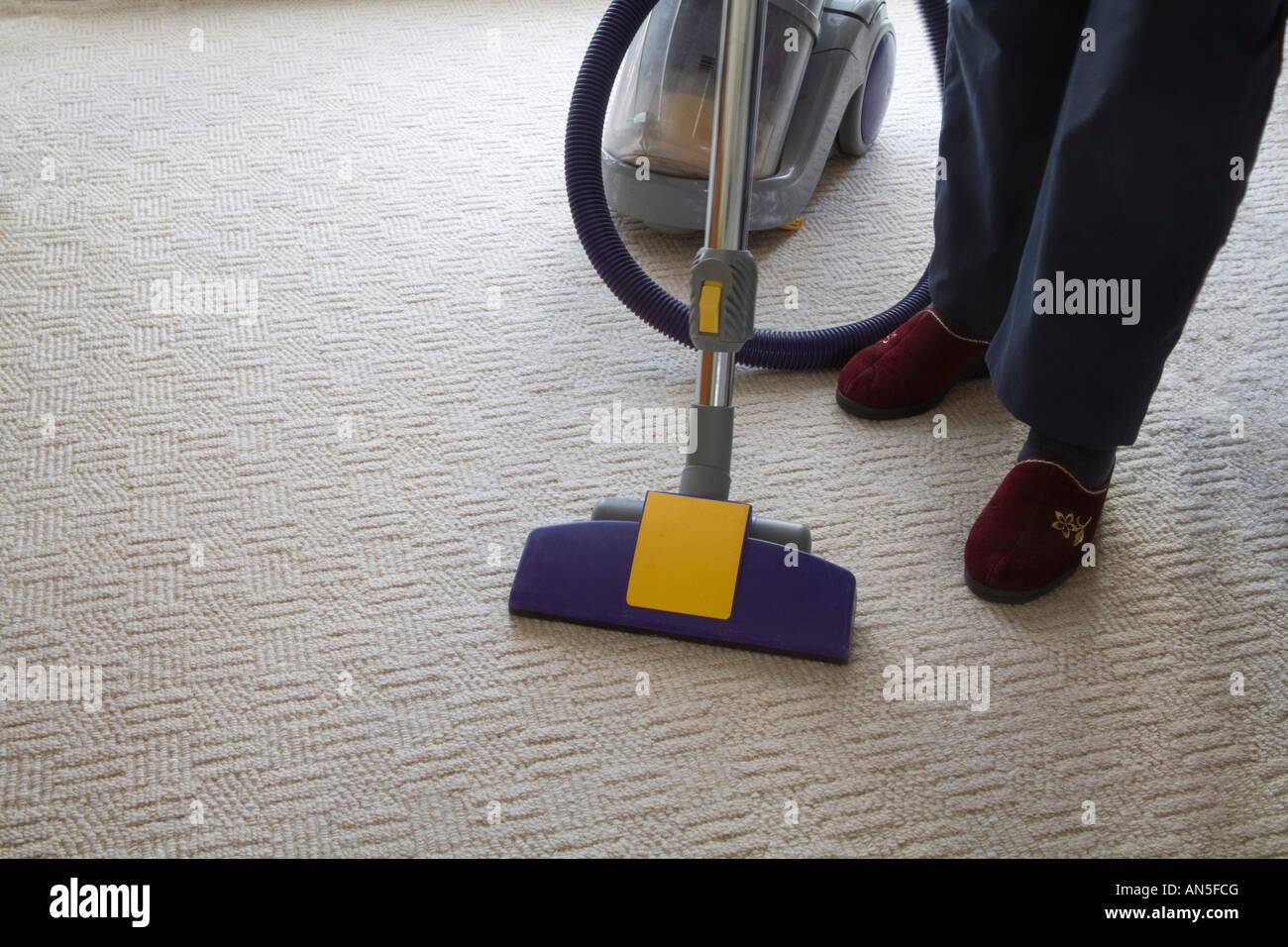 staubsauger teppich simple dyson v absolute kabelloser staubsauger fr teppich und hartbden mit. Black Bedroom Furniture Sets. Home Design Ideas