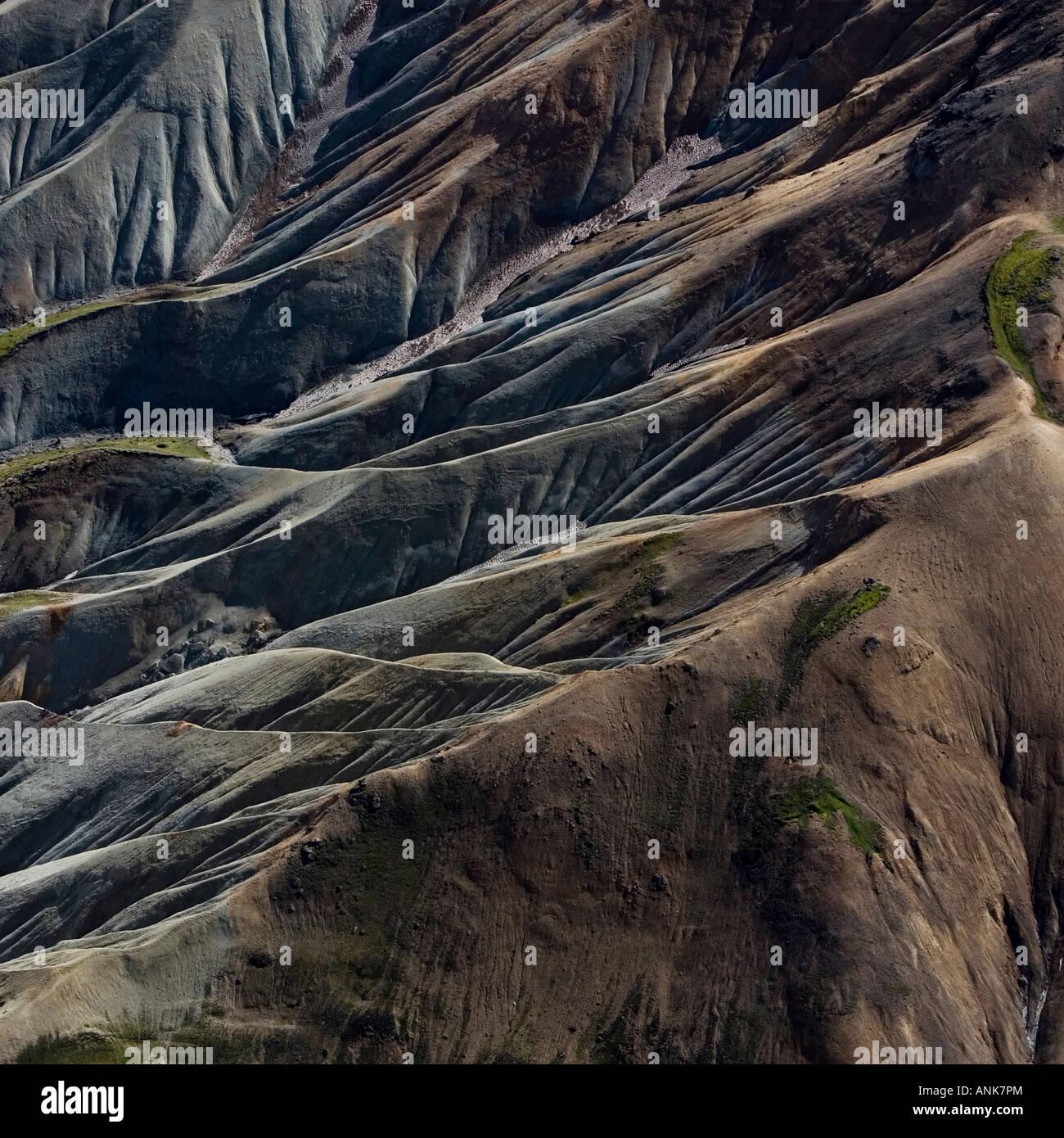 Luftbild der Berge in Island Stockbild