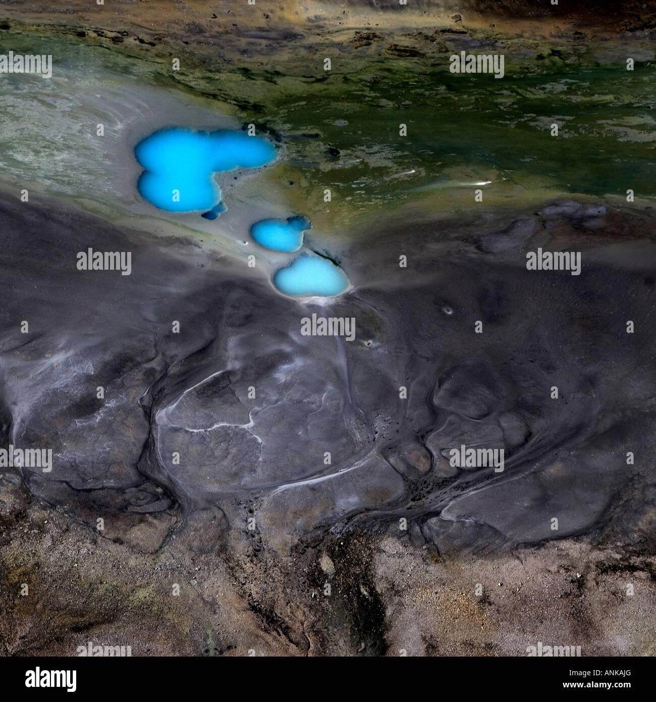Luftaufnahme von Flüssen und Seen im Hochland von Island Stockbild