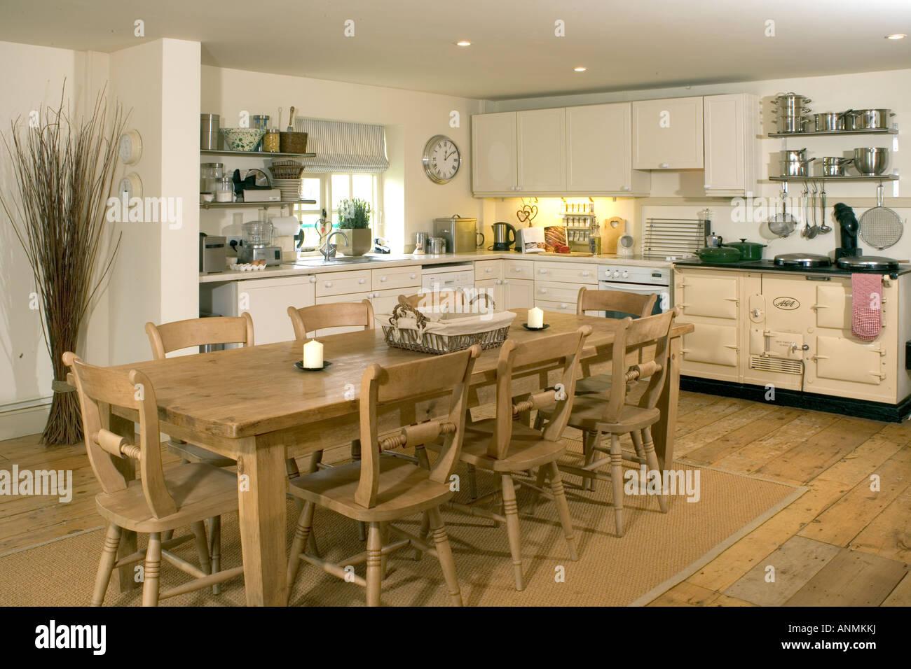 UK. Ein Haus im traditionellen Stil Innenausstattung, große Küche ...