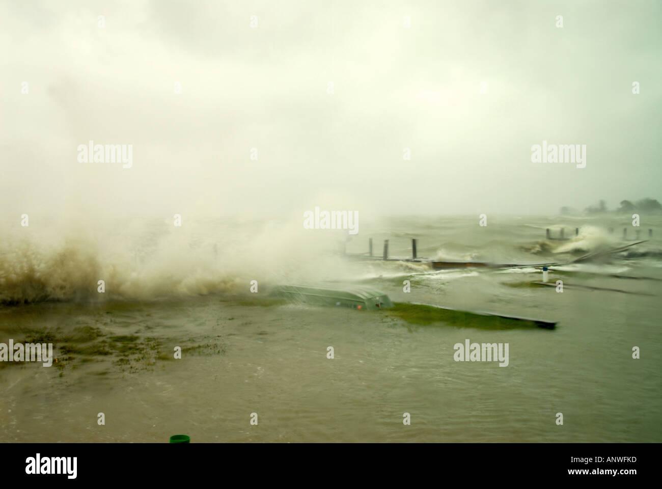 Natur Wetter tropischer Sturm Hurrikan Wellen Stockbild