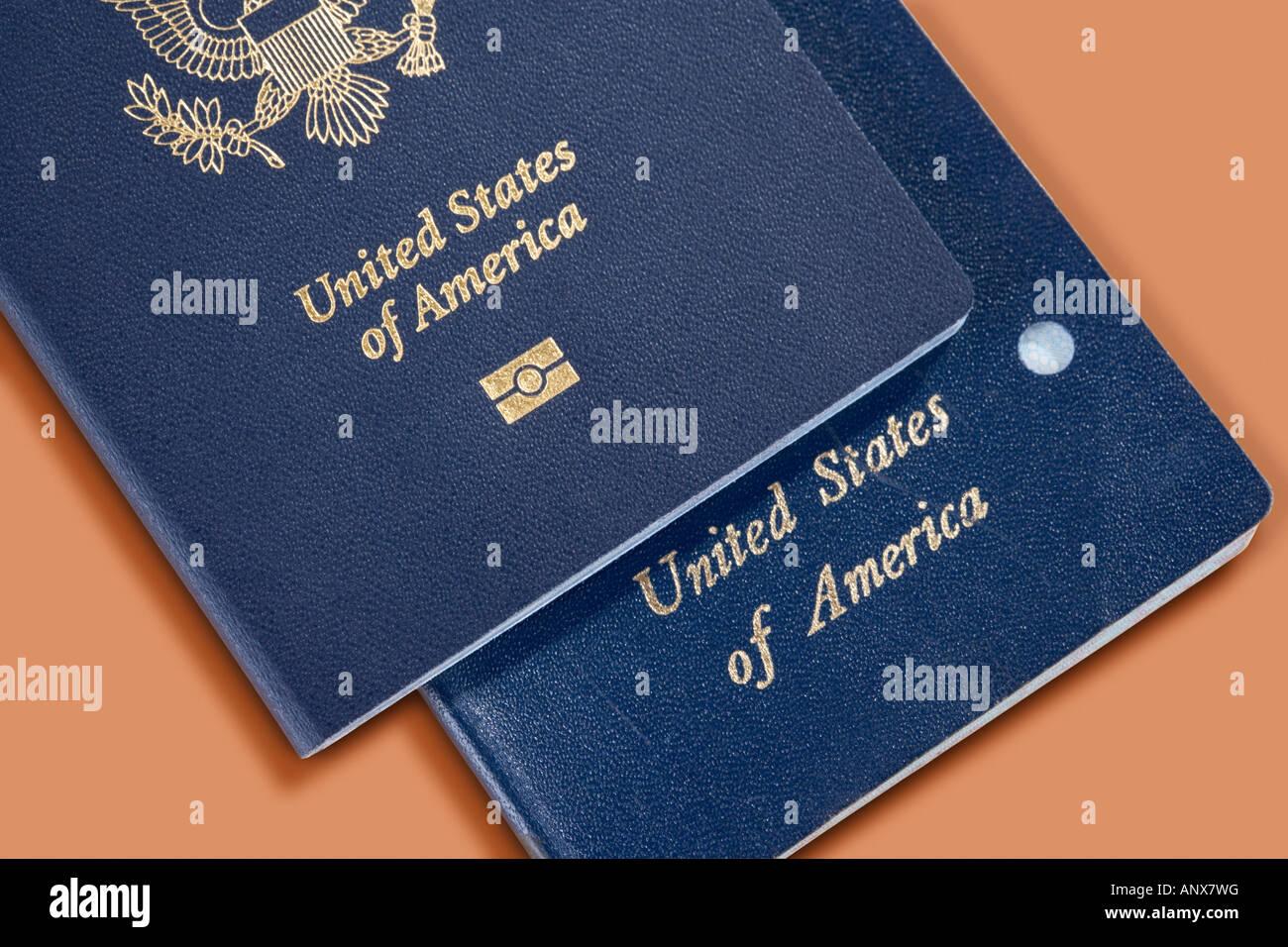 Neuen elektronischen Reisepass mit alten abgebrochenen nicht gechipt version Stockbild