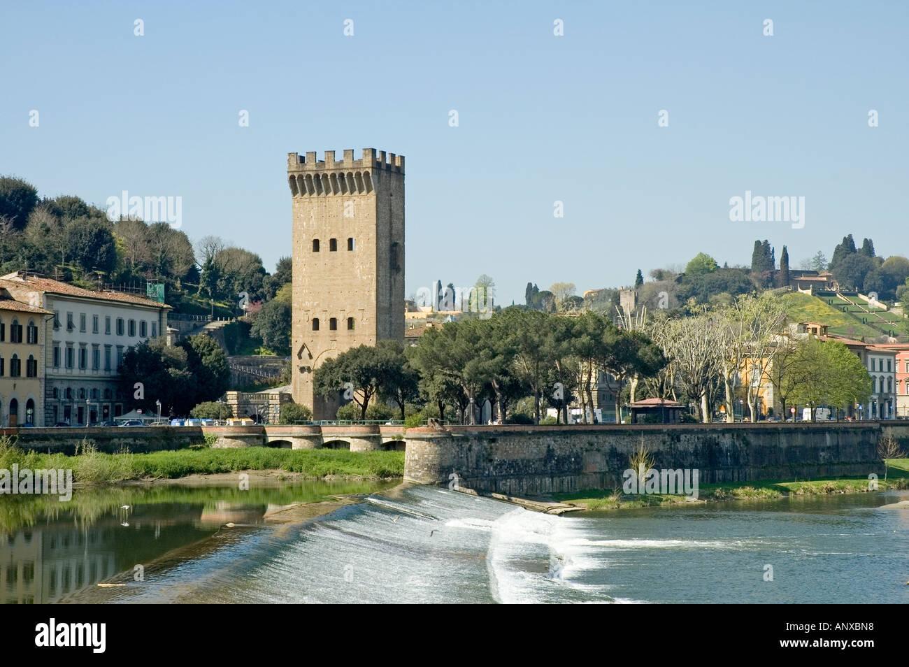 Fluß Durch Florenz : arno river florence weir stockfotos arno river florence weir bilder alamy ~ A.2002-acura-tl-radio.info Haus und Dekorationen
