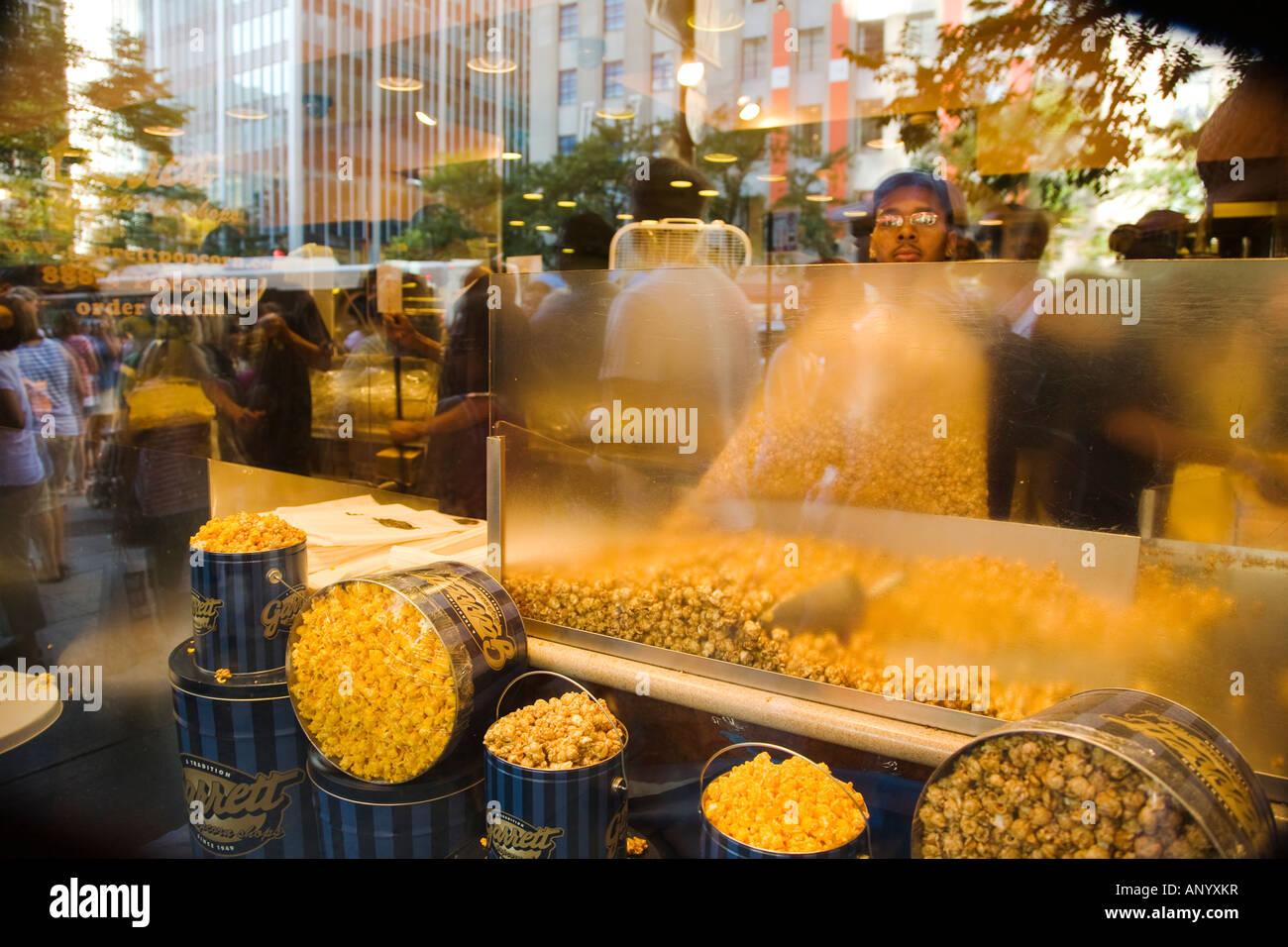 ILLINOIS-Chicago-Garrett Popcorn speichern Fenster auf Michigan ...