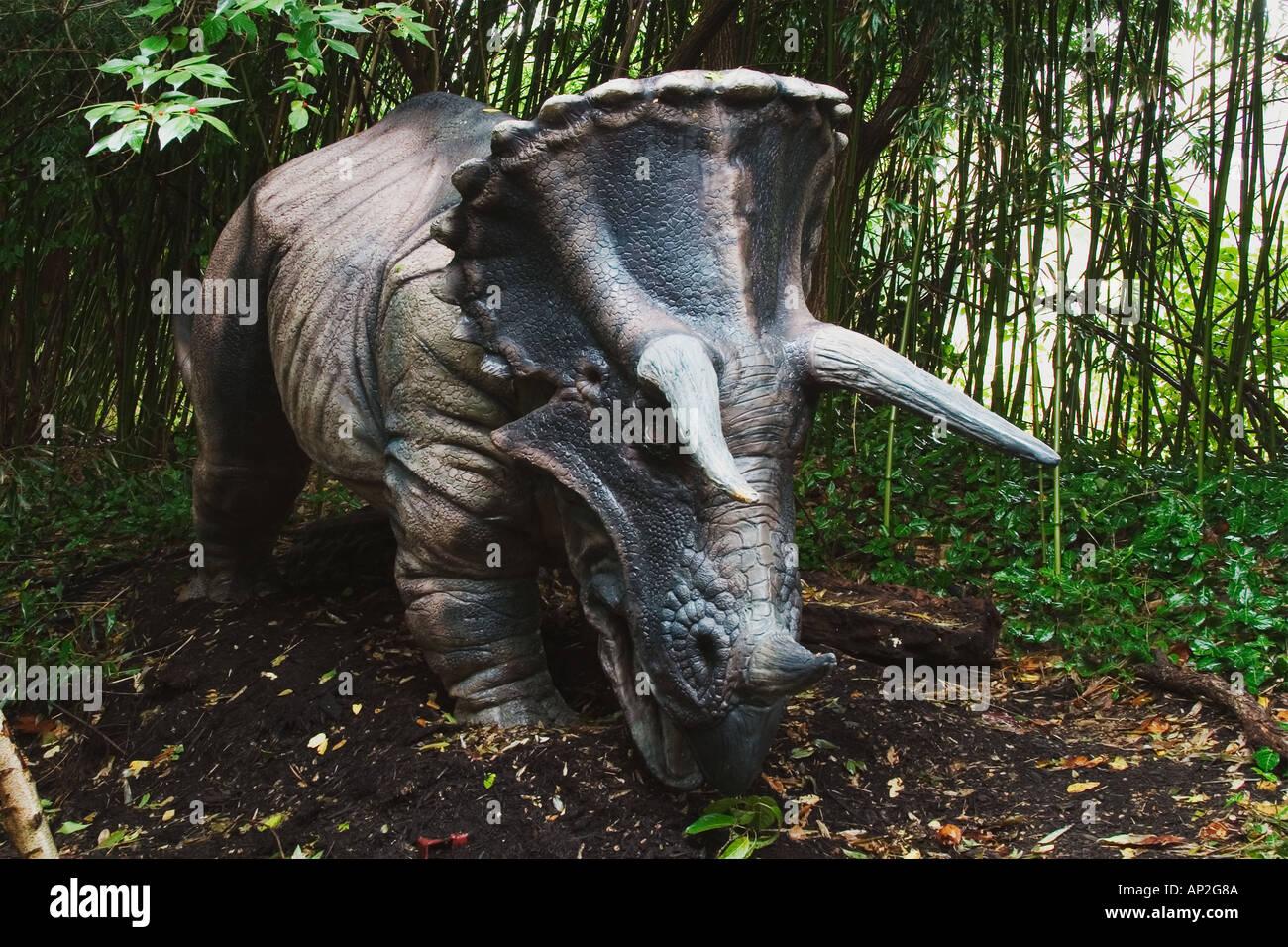 Groß Dinosaurier Ei Färbung Seite Galerie - Malvorlagen Von Tieren ...