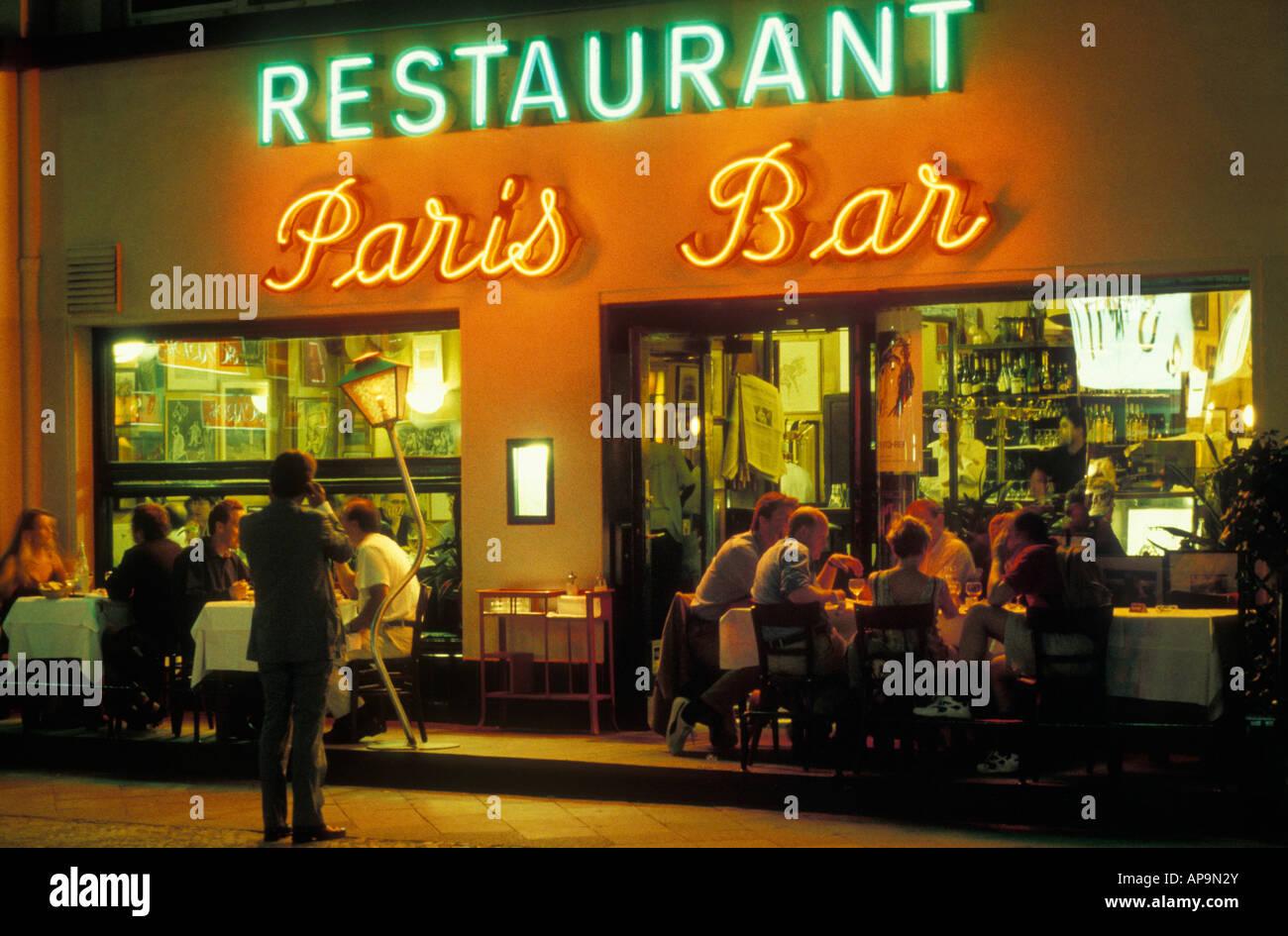 Berlin. Paris Bar. Berühmte, Beliebte, Bekannte Restaurant