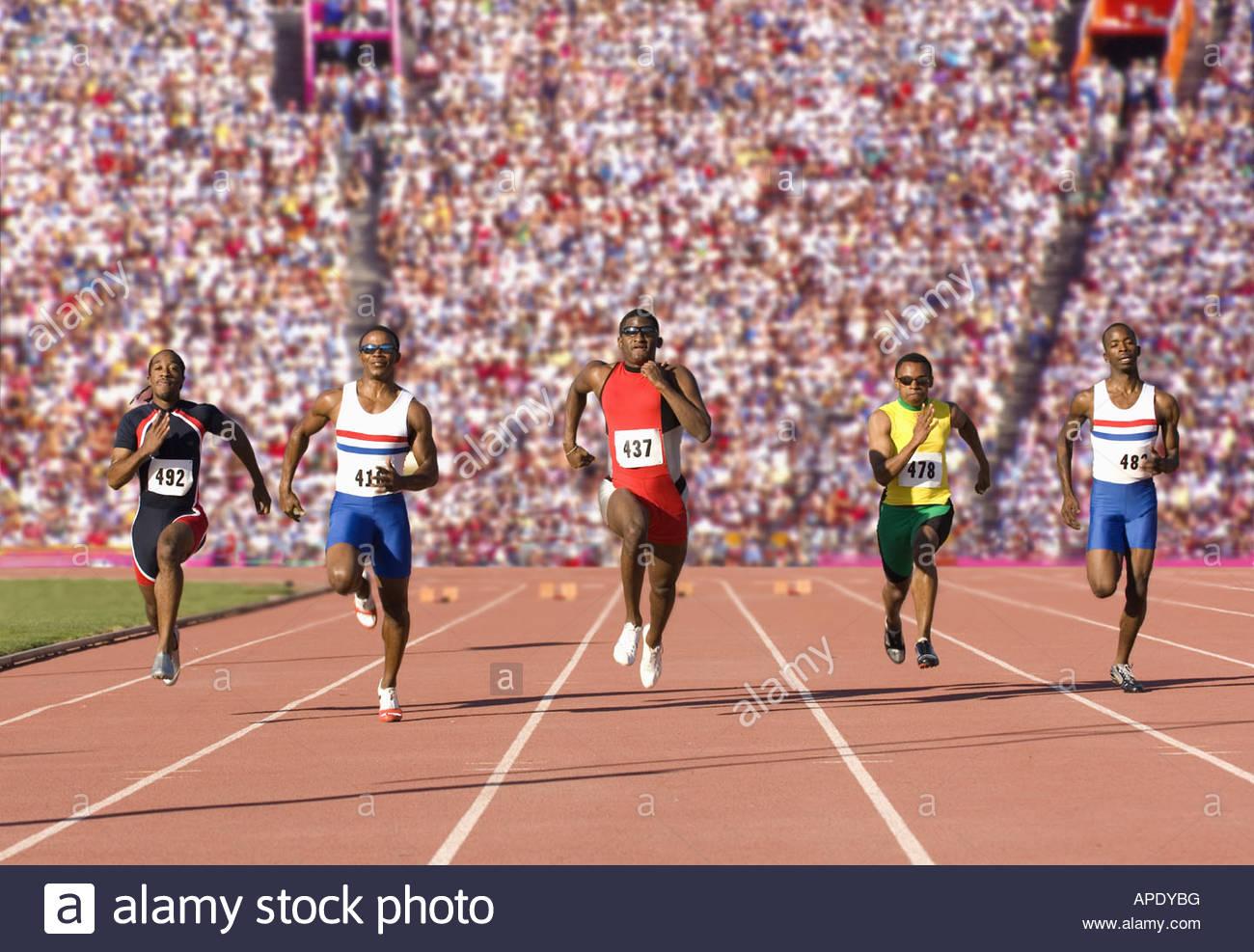 Läufer Rennen auf outdoor-Strecke Stockbild