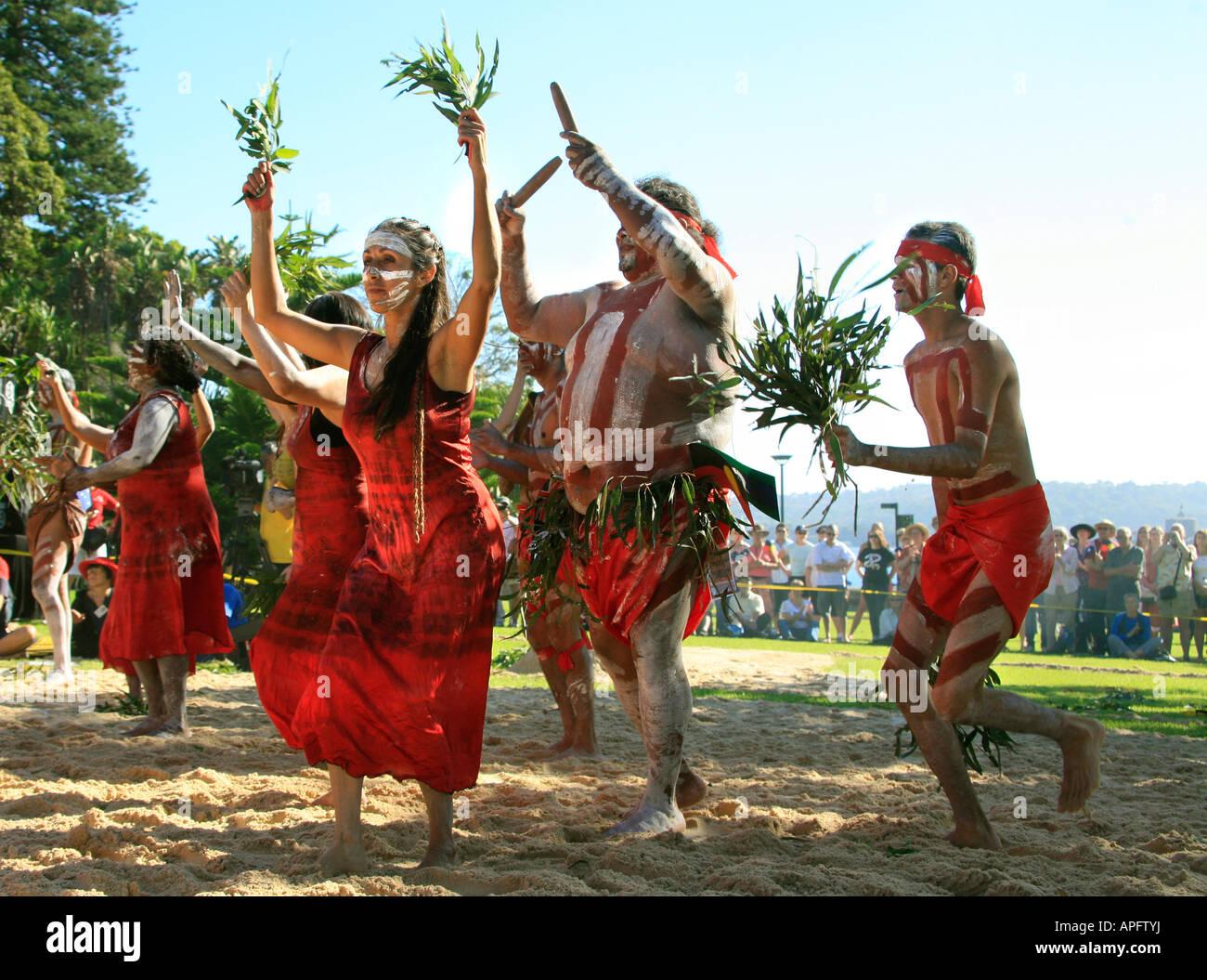 Aborigines Australien Tänzer der Tjapukai