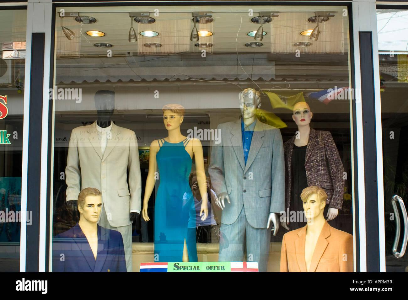 984f29eeba8577 Glamouröse männliche und weibliche Shop Dummies Modellierung Kleidung