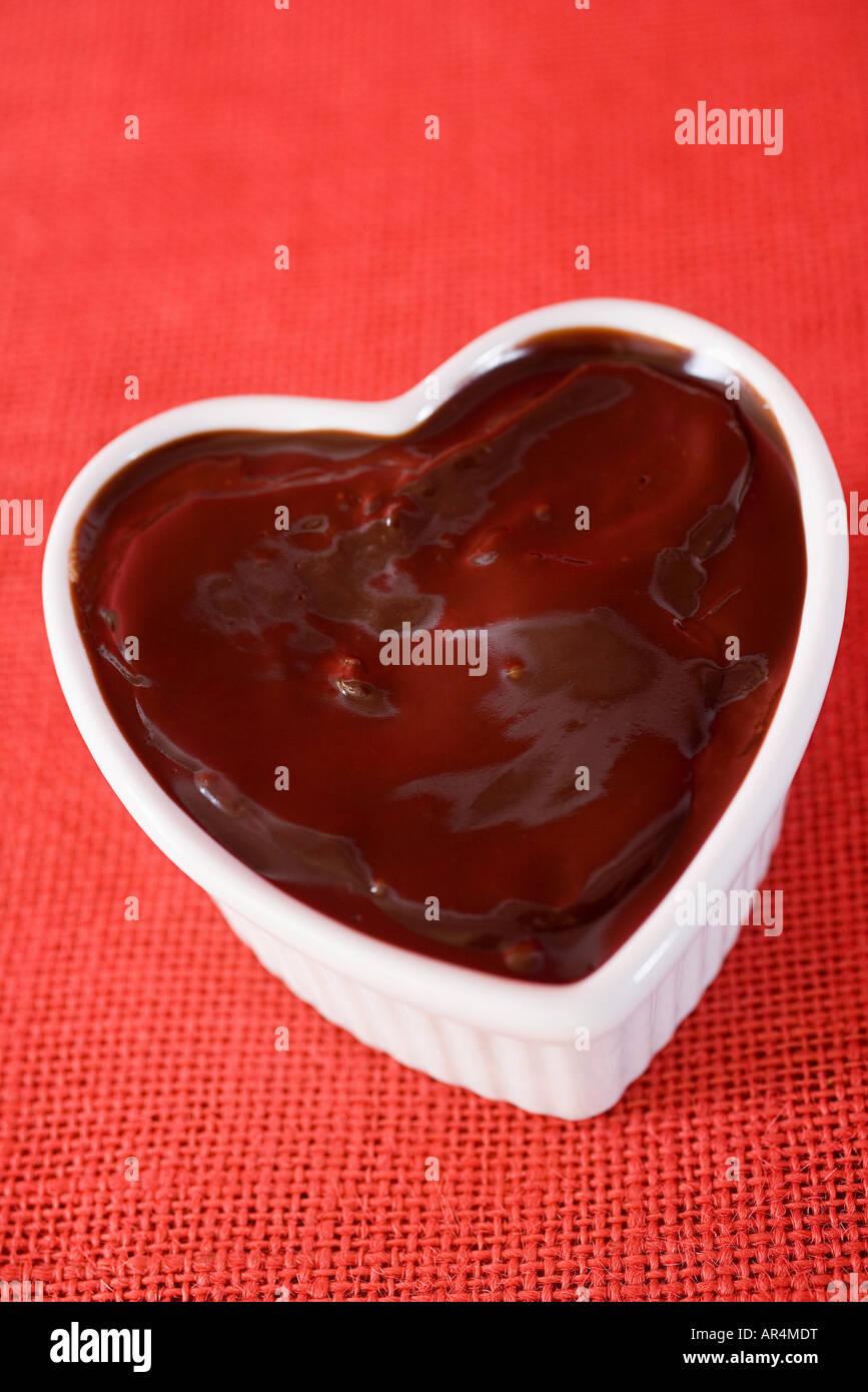Ein Kuchen In Herzform Stockfoto Bild 15937763 Alamy
