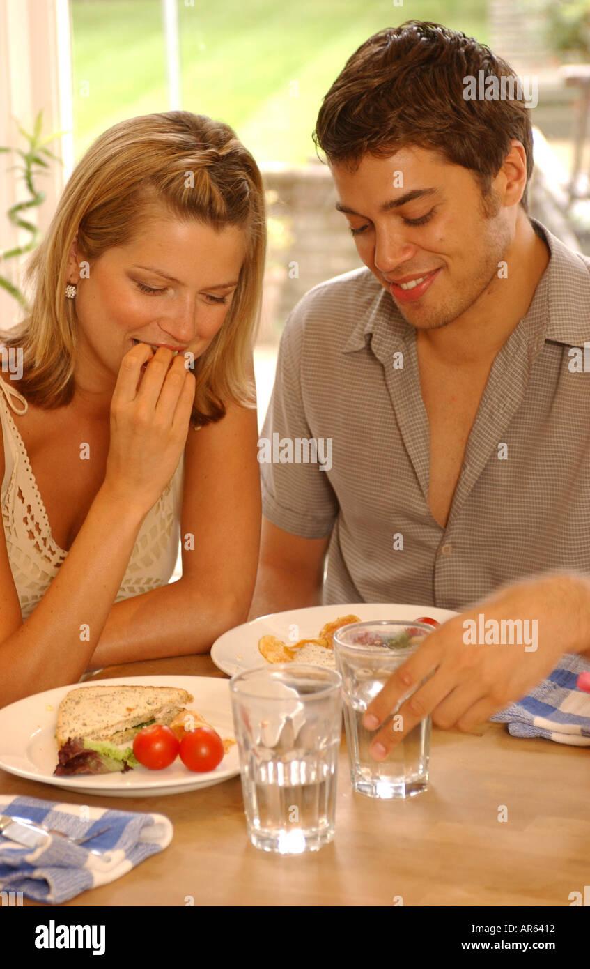 Weibchen auf der Suche nach männlicher Dating